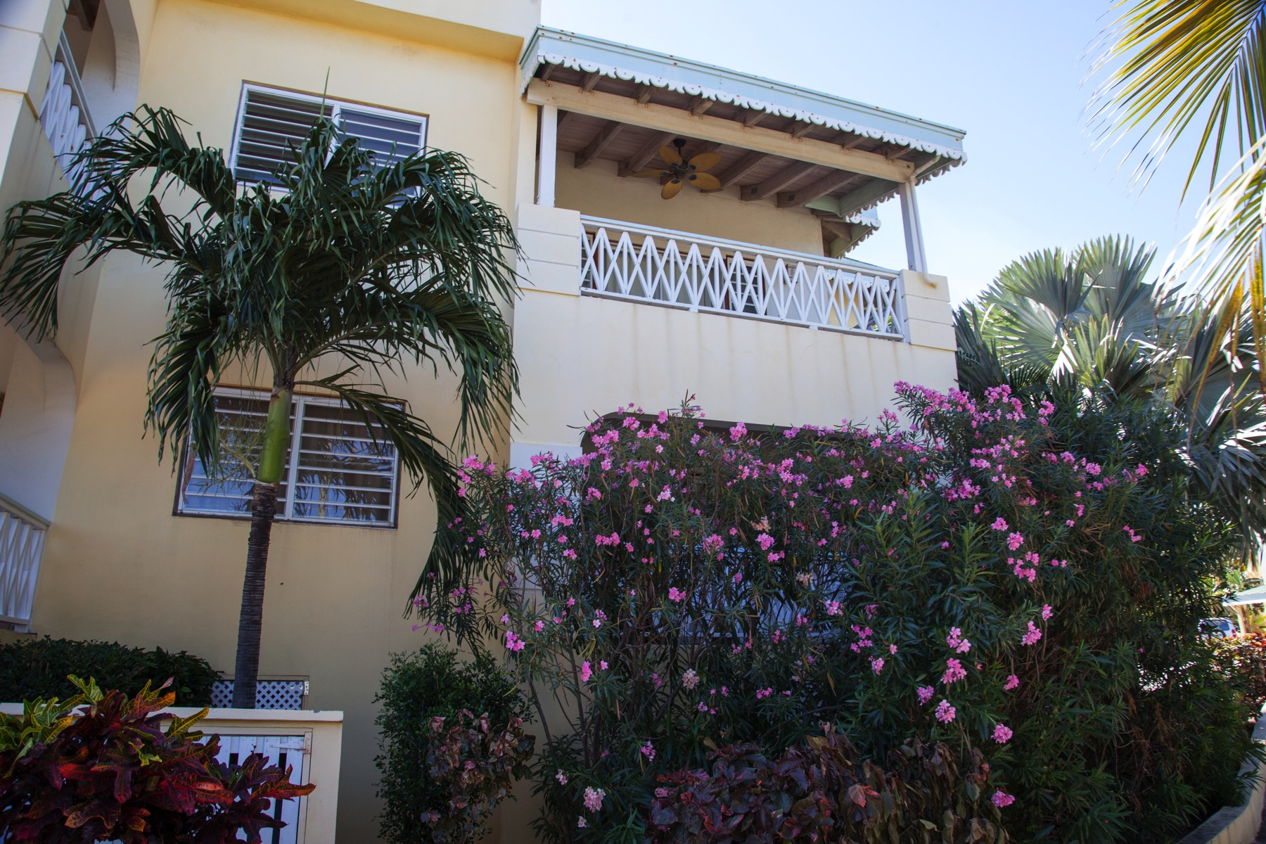 Additional photo for property listing at Flamboyan Unit 221 Spanish Town, Virgen Gorda Islas Vírgenes Británicas
