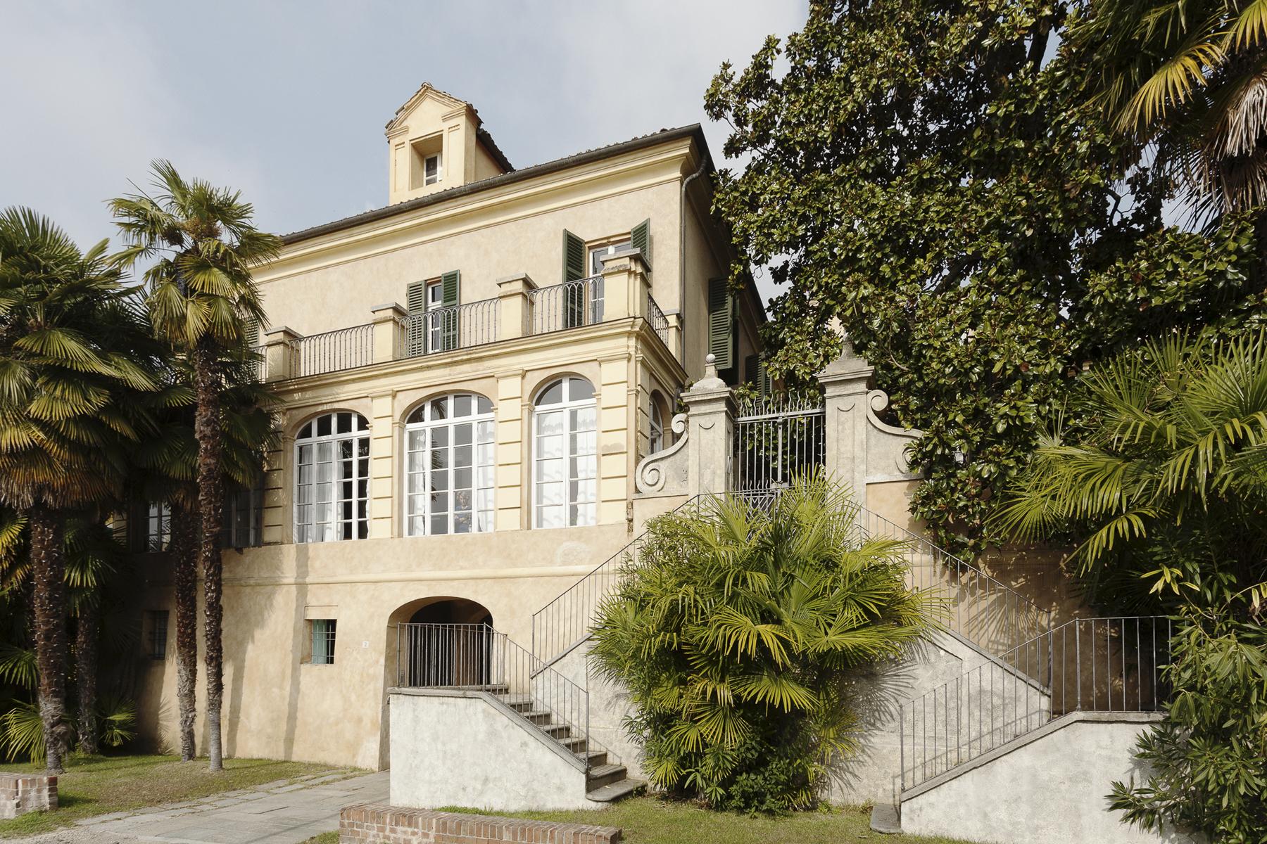 Maison unifamiliale pour l Vente à A fascinating XVII century Villa in Revigliasco Hill Strada Moncalieri Revigliasco, Turin 10024 Italie