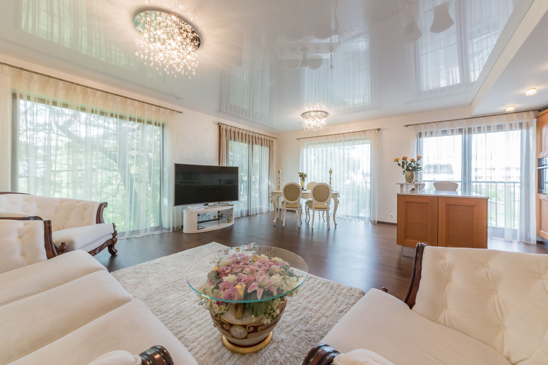 واحد منزل الأسرة للـ Sale في Elegant fully-furnished apartment in prestigious area of Tallinn Tallinn, Harjumaa, Estonia