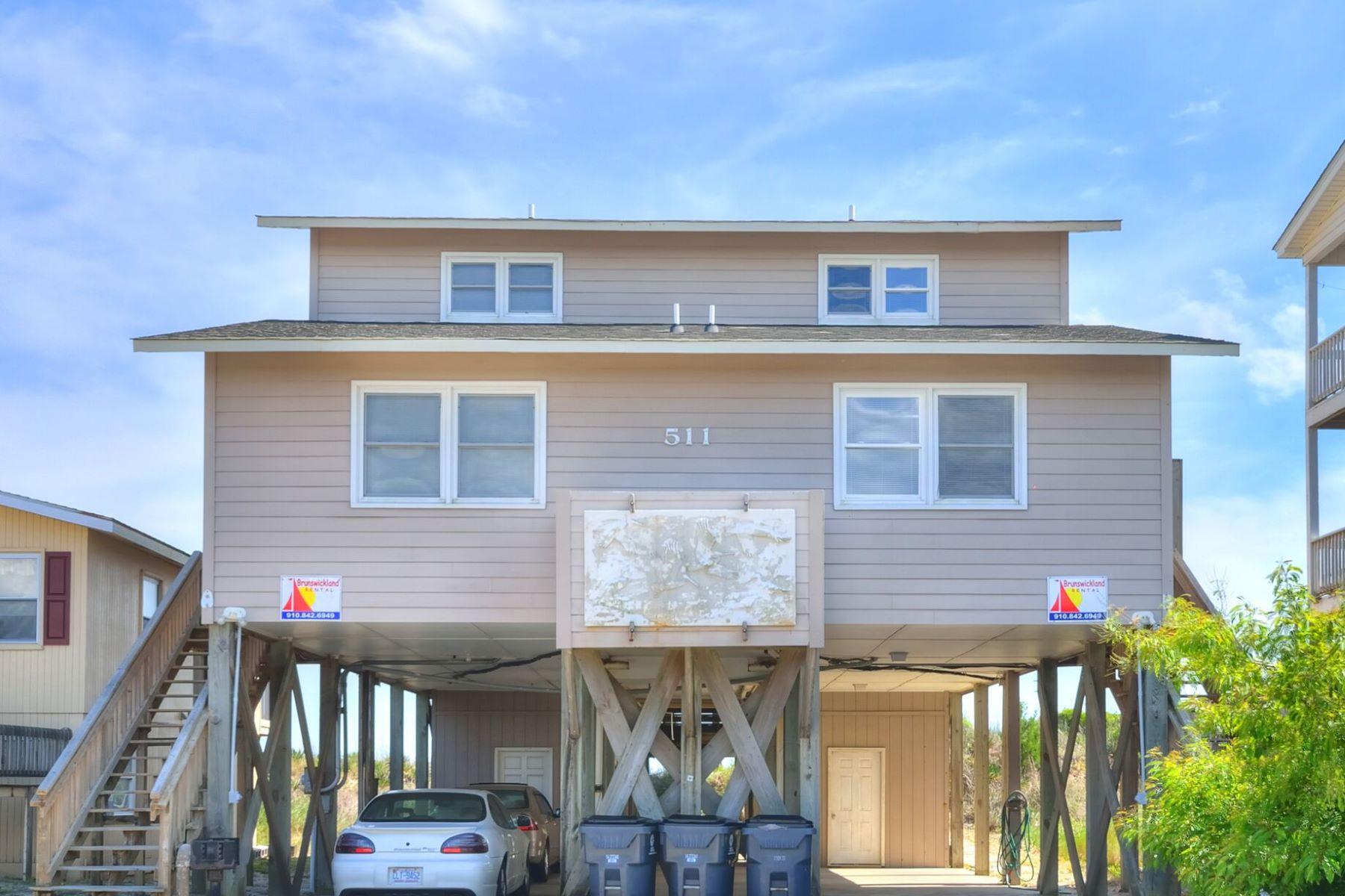 واحد منزل الأسرة للـ Sale في Inviting Oceanfront Retreat 511 Ocean Boulevard W, Holden Beach, North Carolina, 28462 United States