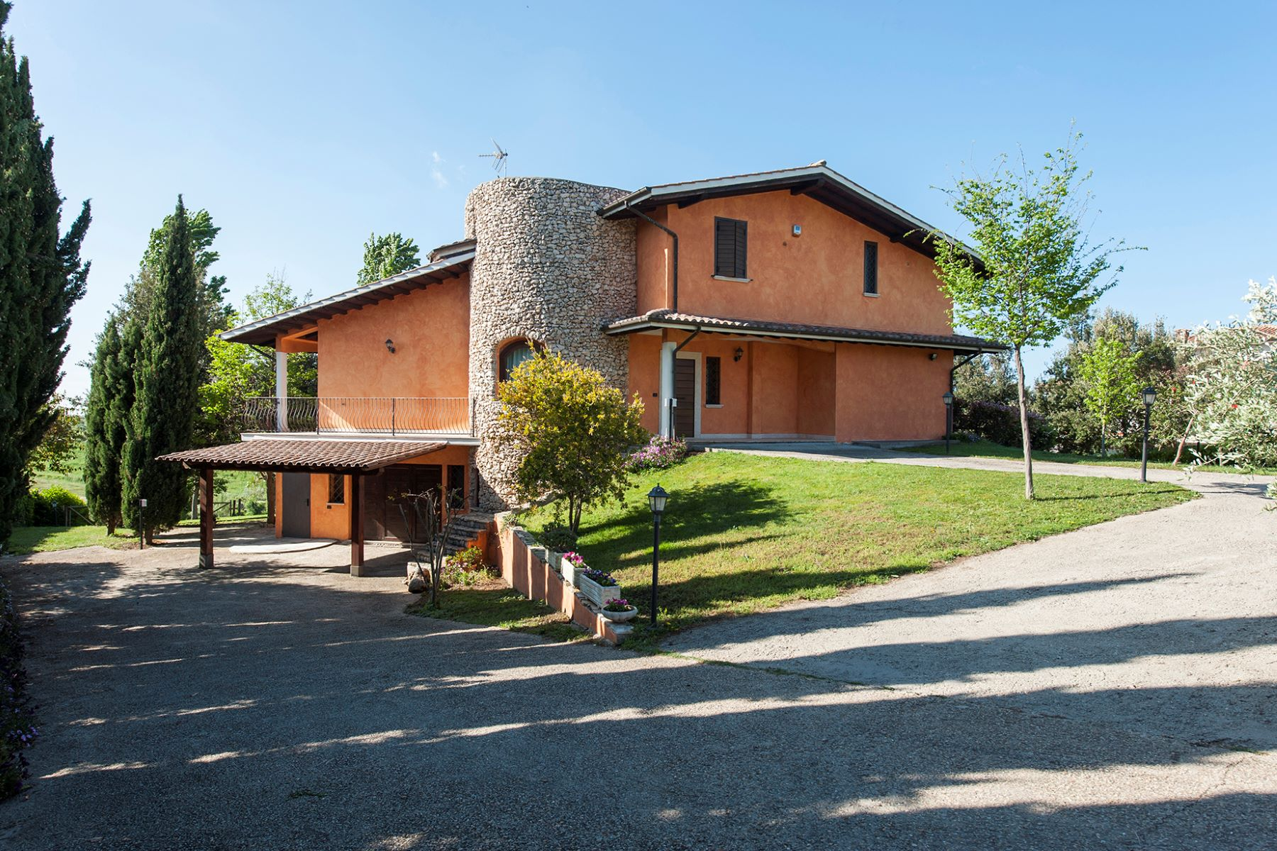 Single Family Home for Sale at Country villa in Cerveteri Cerveteri, Rome Italy