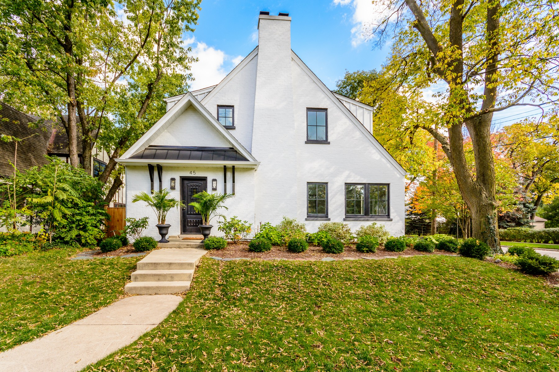 Single Family Home for Sale at 45 Springlake Hinsdale, Illinois, 60521 United States