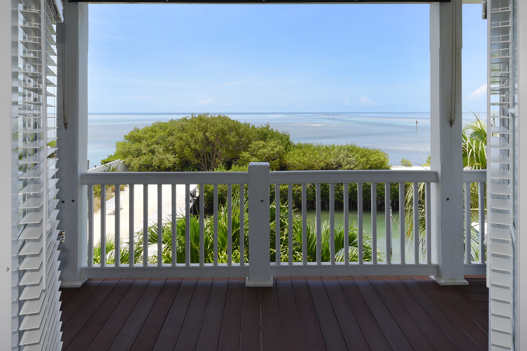 Additional photo for property listing at Ocean Front Home in Anglers Reef 122 Anglers Way Islamorada, Florida 33036 États-Unis
