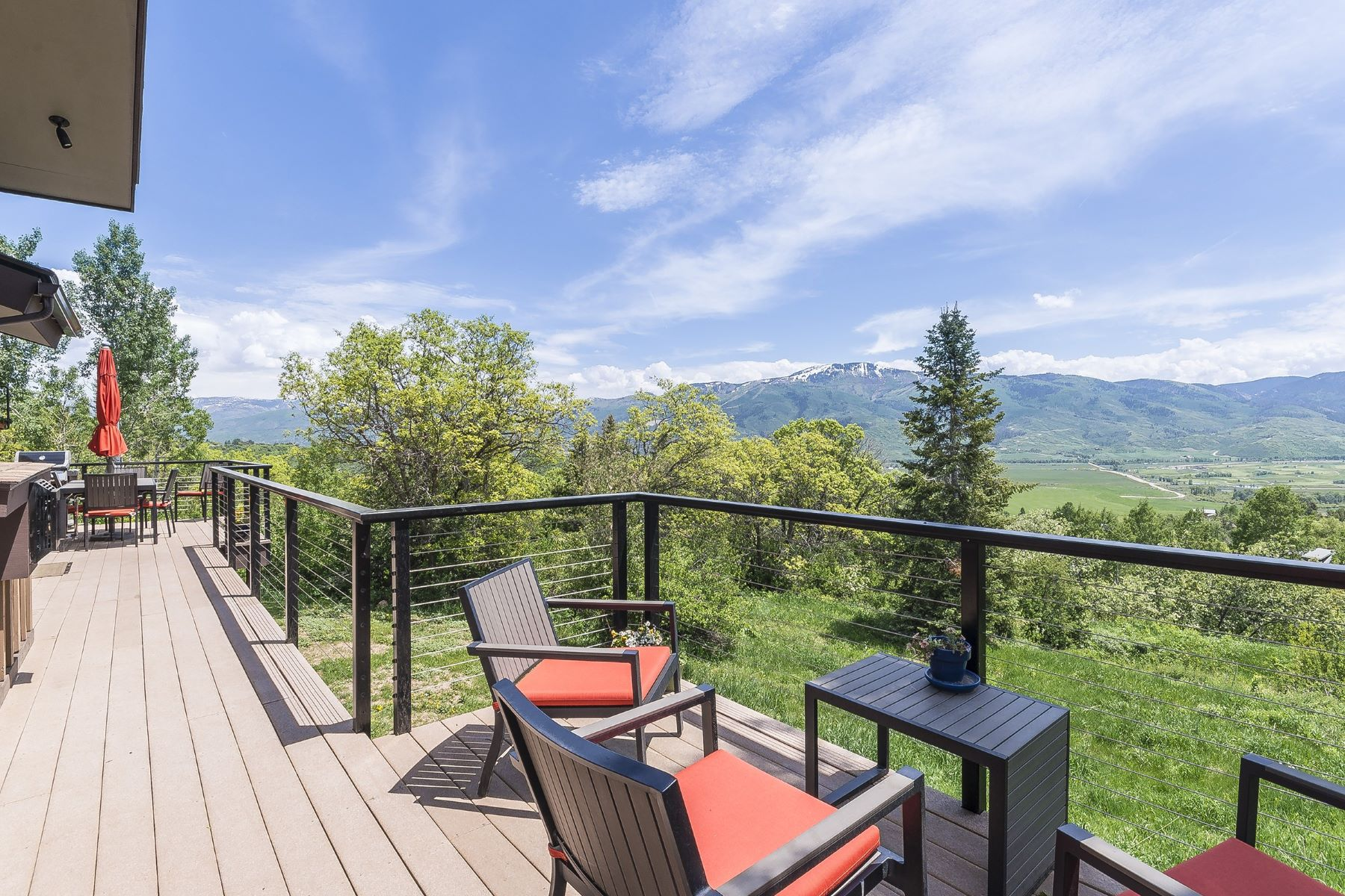 Additional photo for property listing at Beautiful Home Just minutes To Steamboat 30920 Elk Lane Steamboat Springs, Colorado 80487 États-Unis