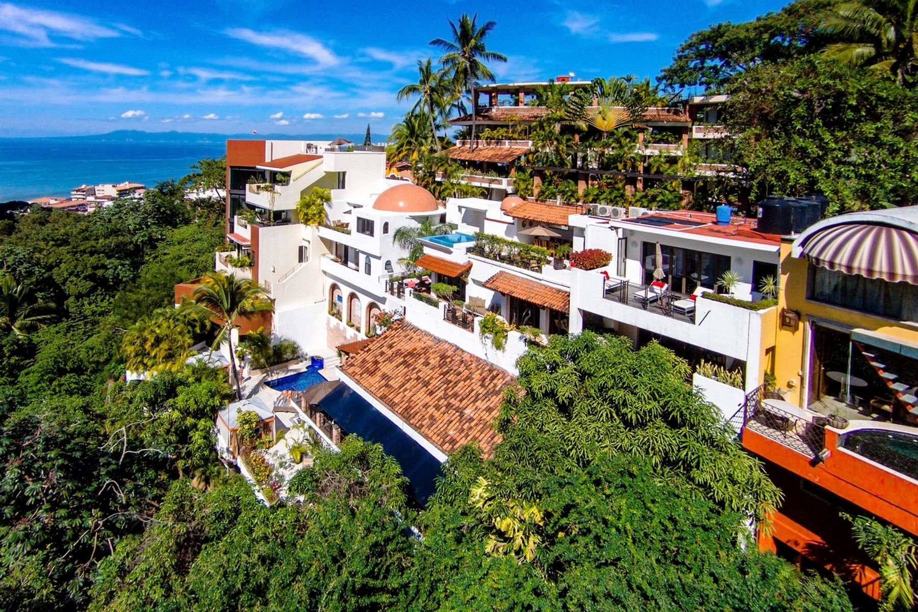 Single Family Home for Sale at Boutique hotel in Las Amapas Puerto Vallarta, Jalisco, 48399 Mexico