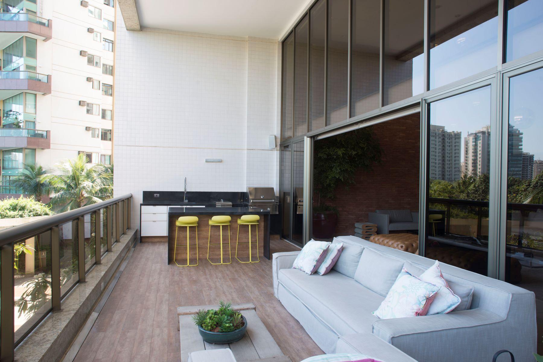 Maison unifamiliale pour l Vente à Duplex Apartment Avenida dos Flamboyants da Península Rio De Janeiro, Rio De Janeiro, 22776070 Brésil