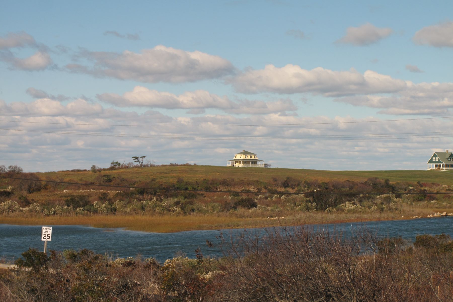 Additional photo for property listing at Steps to the Beach 151 Corn Neck Road Block Island, Rhode Island 02807 United States