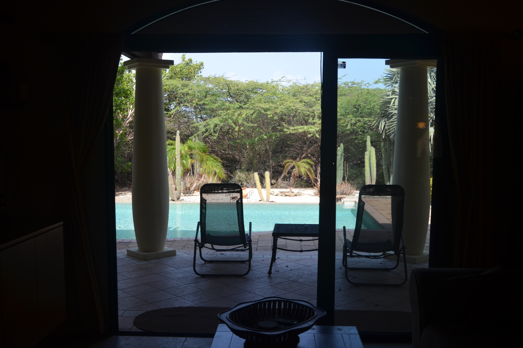 Additional photo for property listing at Enchanting Courtyard Malmok, Aruba Aruba