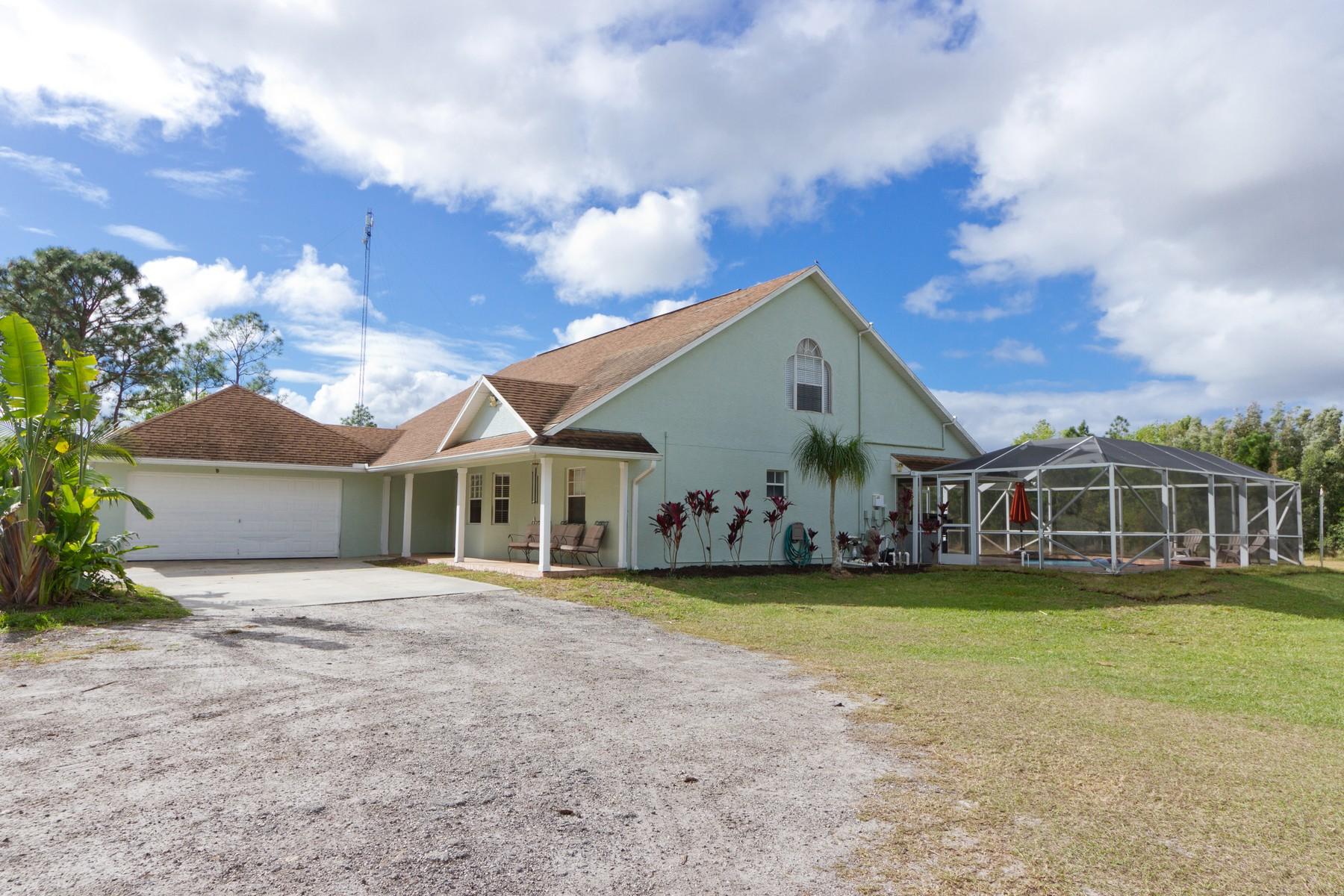 Casa Unifamiliar por un Venta en 5 Acre- Waterfront Home 12925 79th Street Fellsmere, Florida 32948 Estados Unidos