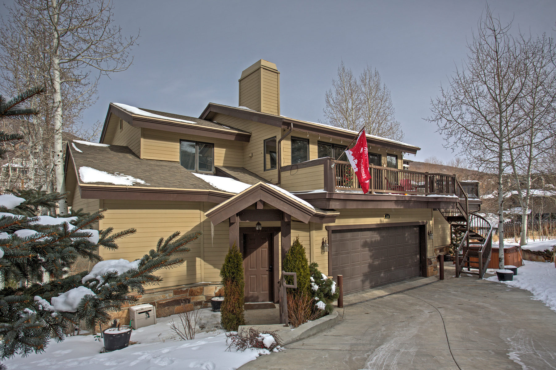 共管物業 為 出售 在 Ultra Rare Condo Optimally Situated Between Old Town & Deer Valley! 544 Deer Valley Loop #A Park City, 猶他州, 84060 美國
