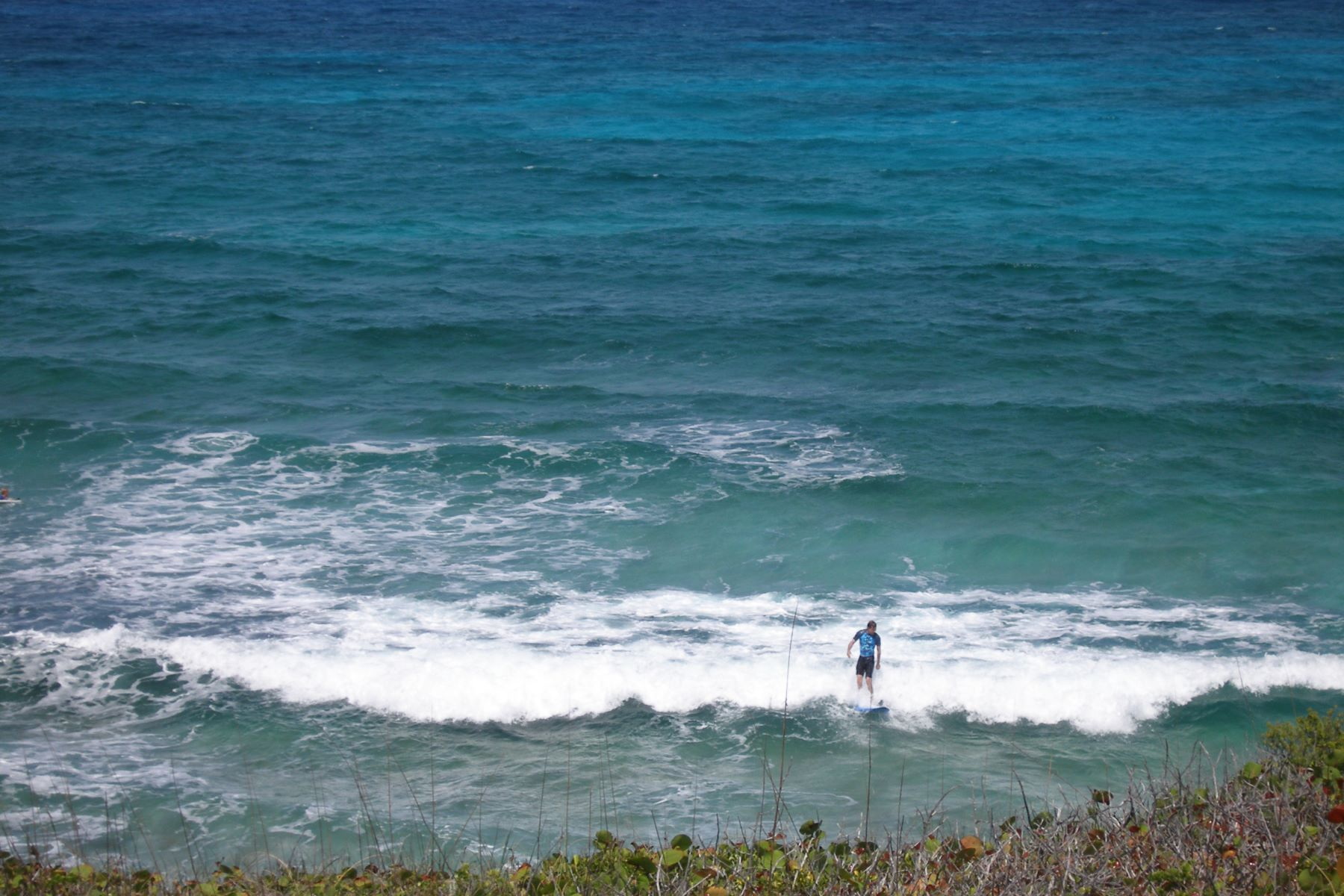 Additional photo for property listing at Hillside Lot Eleuthera Island Shores, 格里高利城, 伊路瑟拉 巴哈马