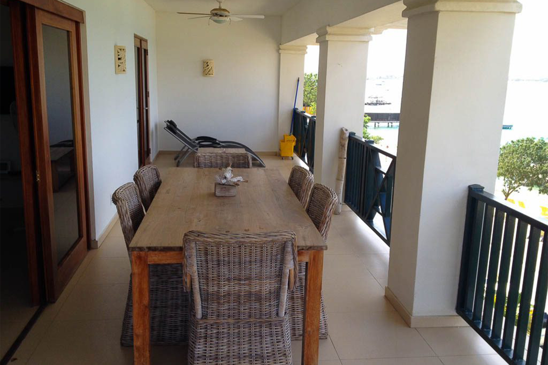 Additional photo for property listing at ChaChaCha Penthouse Kralendijk,  Bonaire