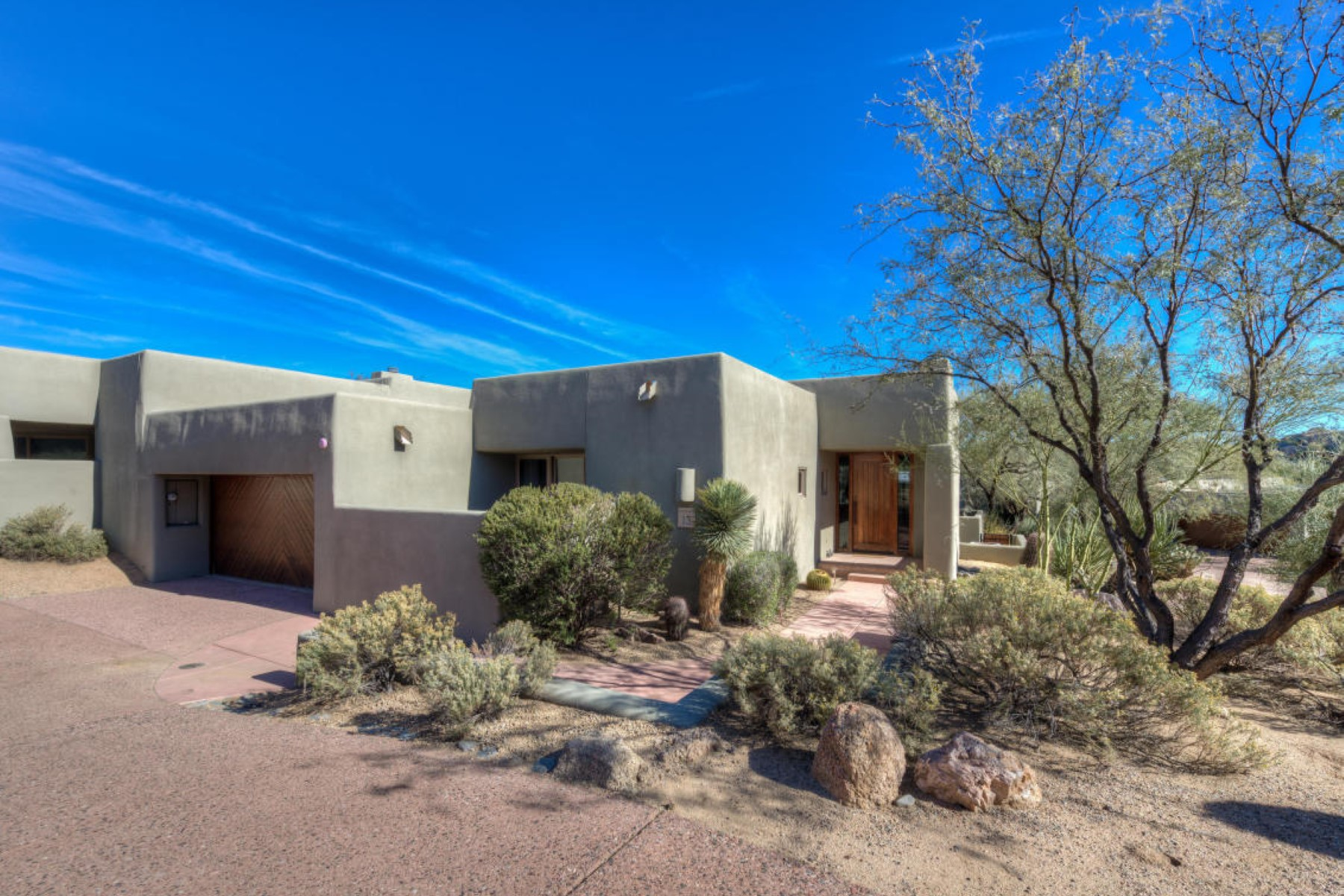 多棟聯建住宅 為 出售 在 Sonoran Cottage with complete privacy 39265 N 100th Pl Scottsdale, 亞利桑那州, 85262 美國