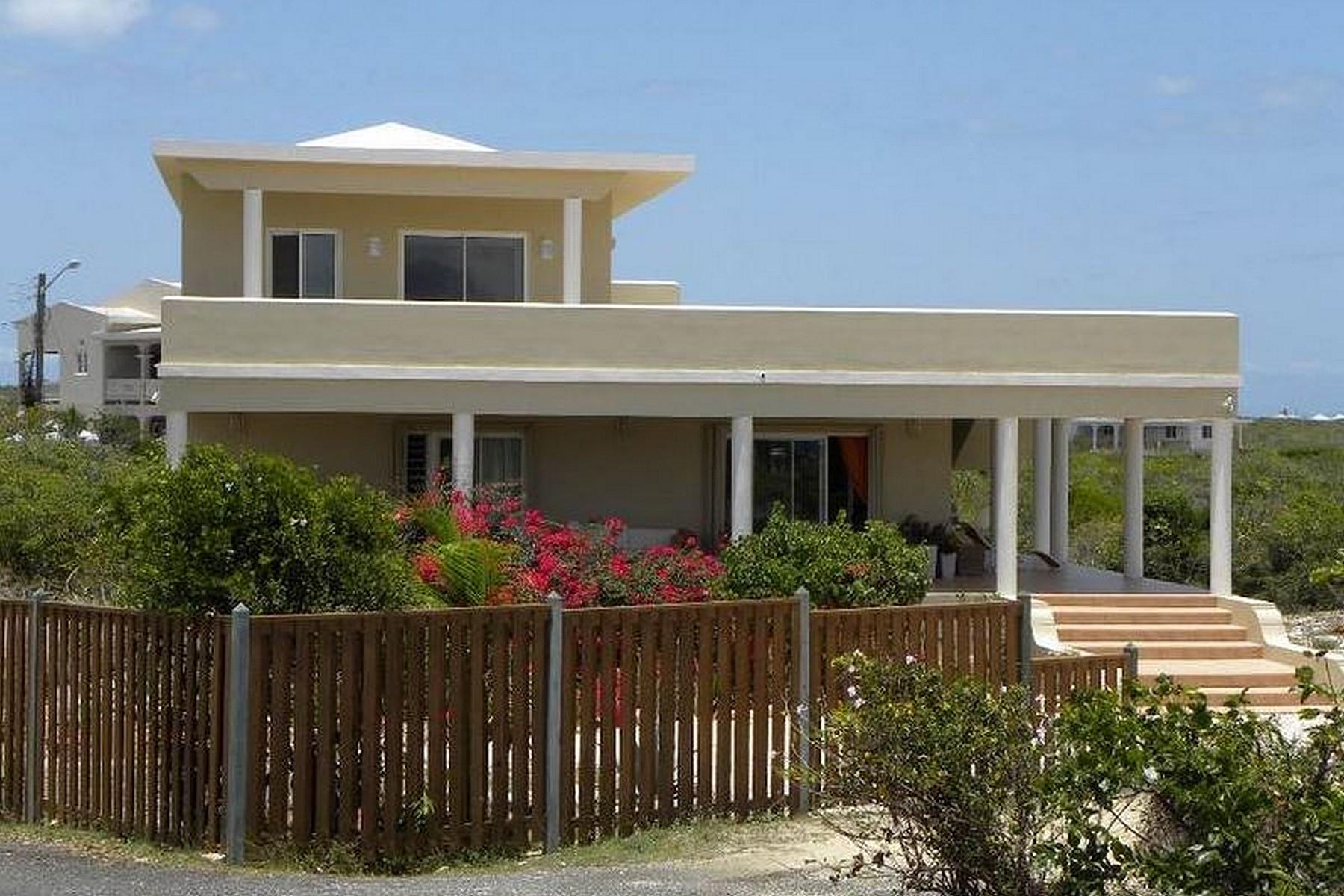 Maison unifamiliale pour l Vente à Berg's Beauty Sea Feathers Sea Feathers, AI 2640 Anguilla