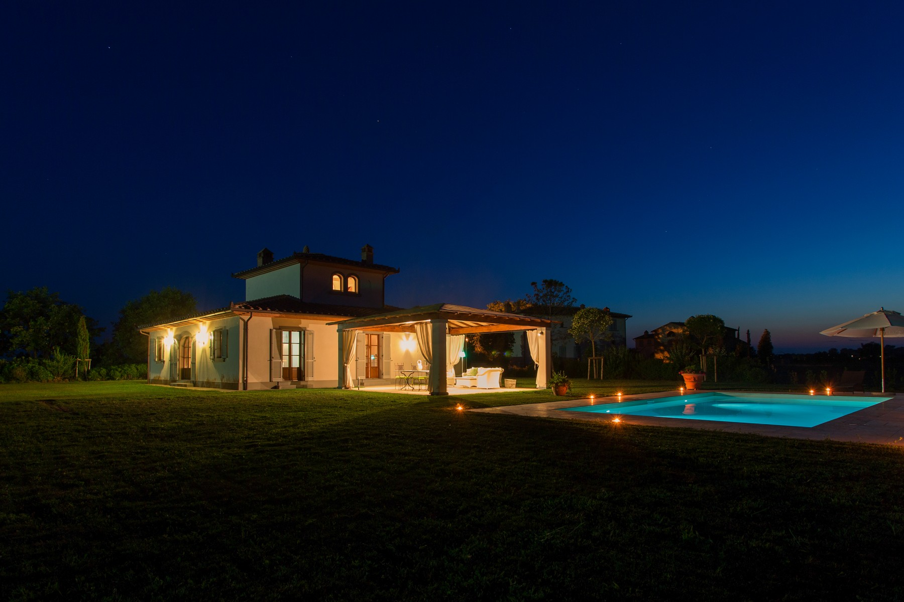 Vivienda unifamiliar por un Venta en Marvelous Hunting Lodge in Tuscan Countryside Cortona, Arezzo Italia