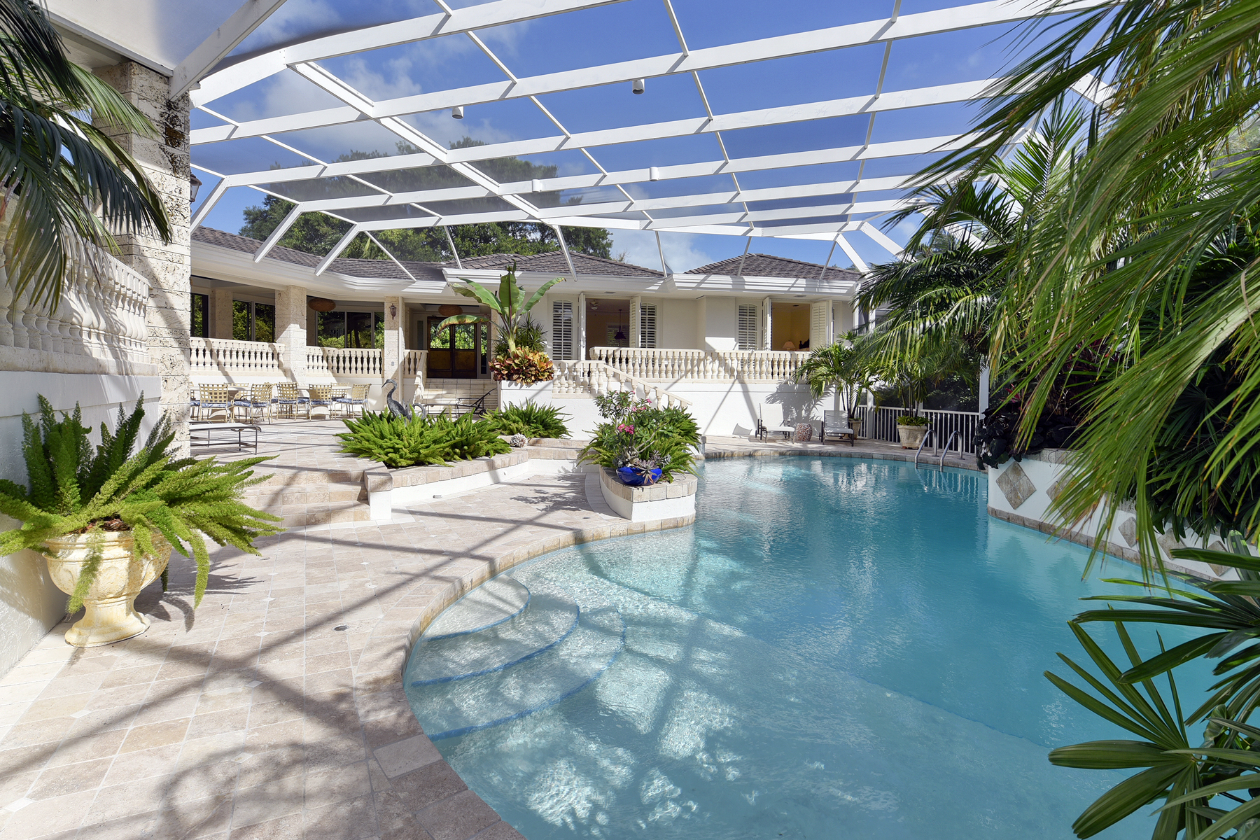 Additional photo for property listing at Exceptional Family Compound at Ocean Reef 34 Cardinal Lane Key Largo, Florida 33037 Hoa Kỳ