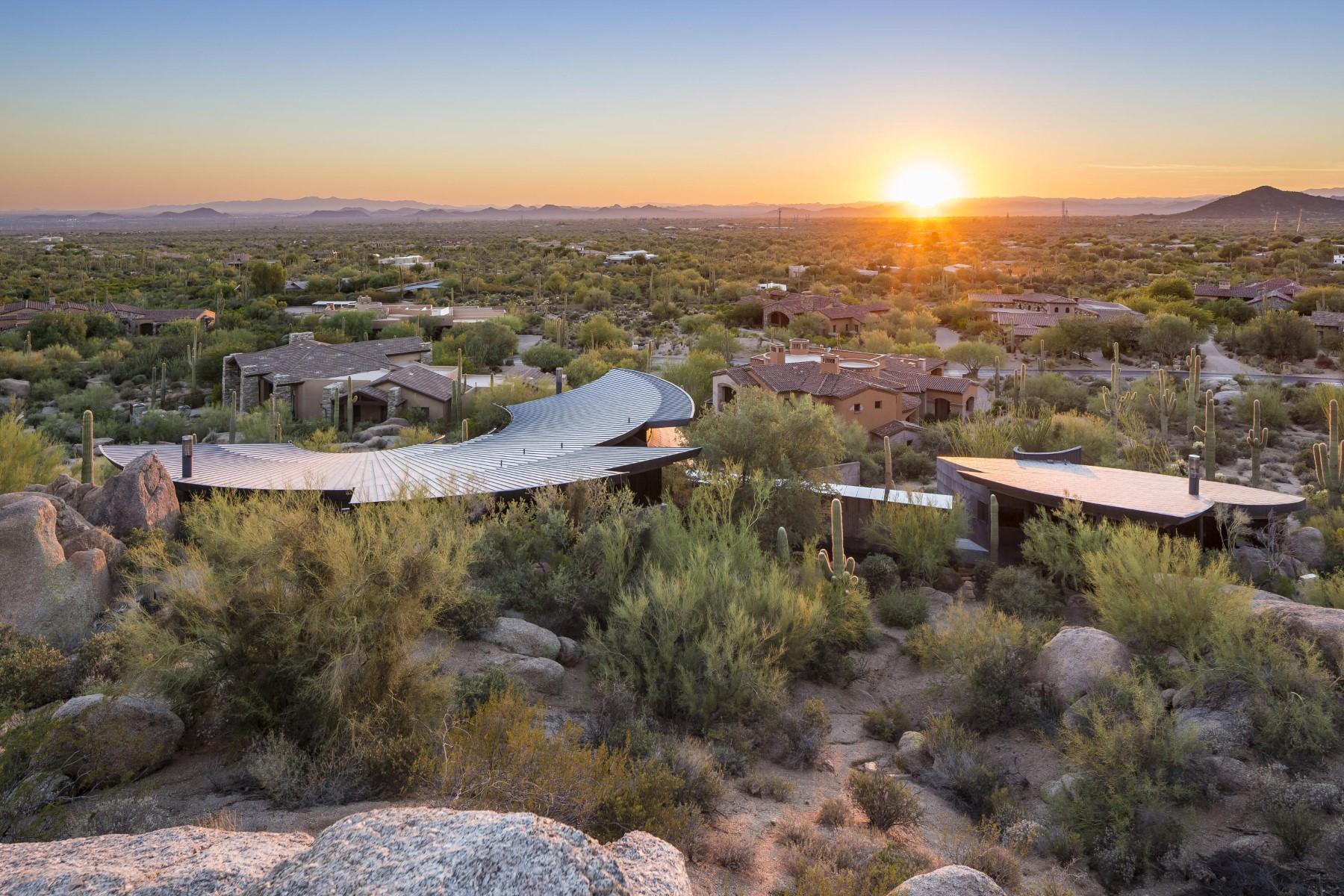 Einfamilienhaus für Verkauf beim Ground-breaking architecture designed by Eddie Jones. 28023 N 96TH PL Scottsdale, Arizona, 85262 Vereinigte Staaten