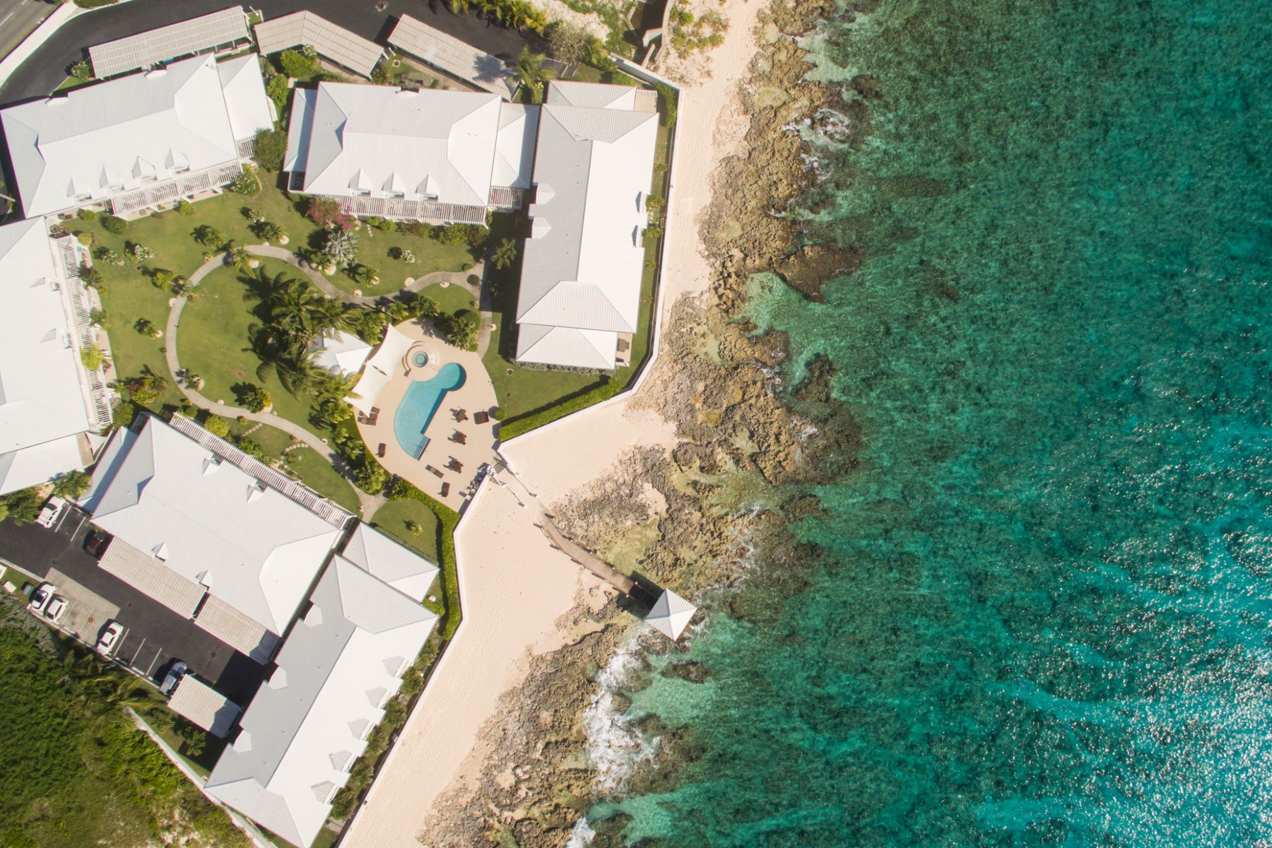 Additional photo for property listing at Windsor Village #17 Windor Village #17 South Church Street George Town,  KY1 Cayman Islands