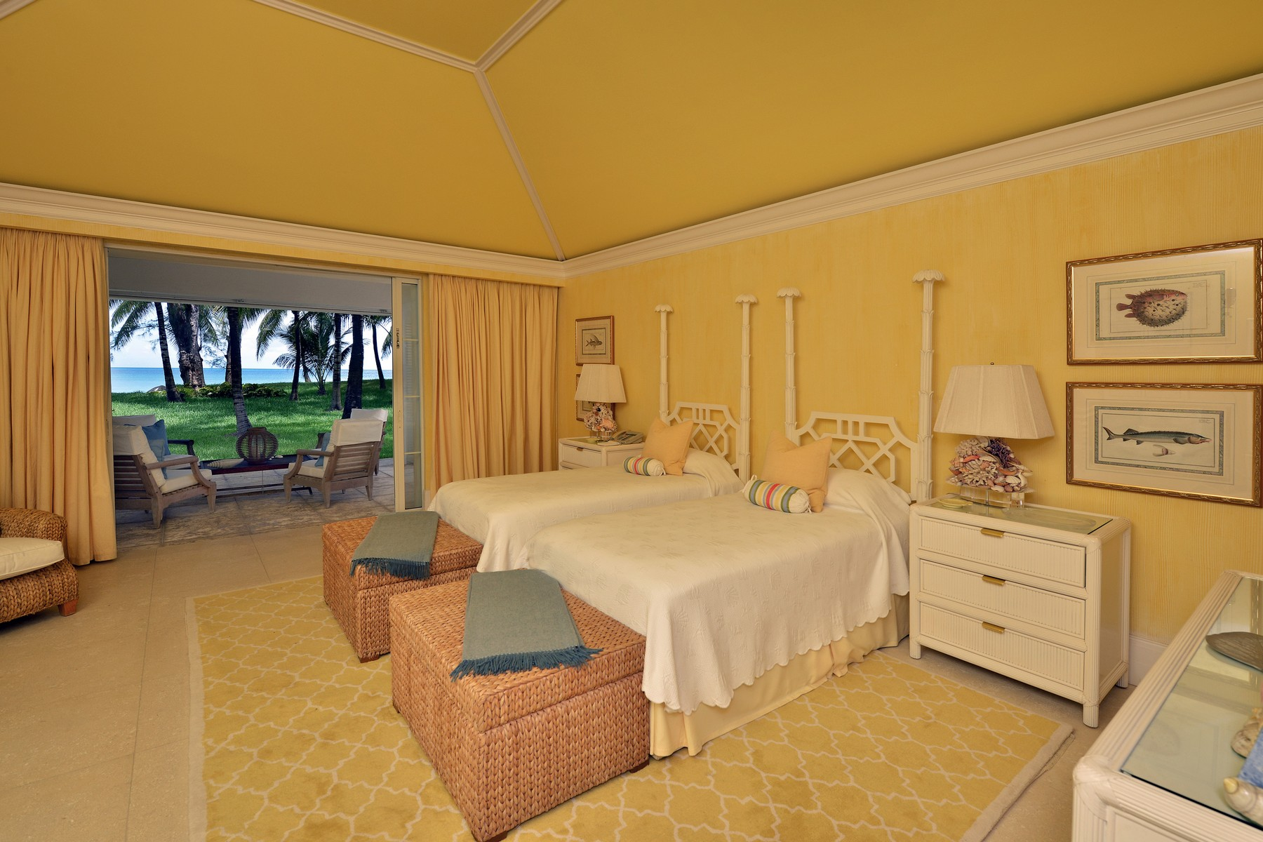 Additional photo for property listing at Lucaya Lyford Cay, Nassau And Paradise Island Bahamas