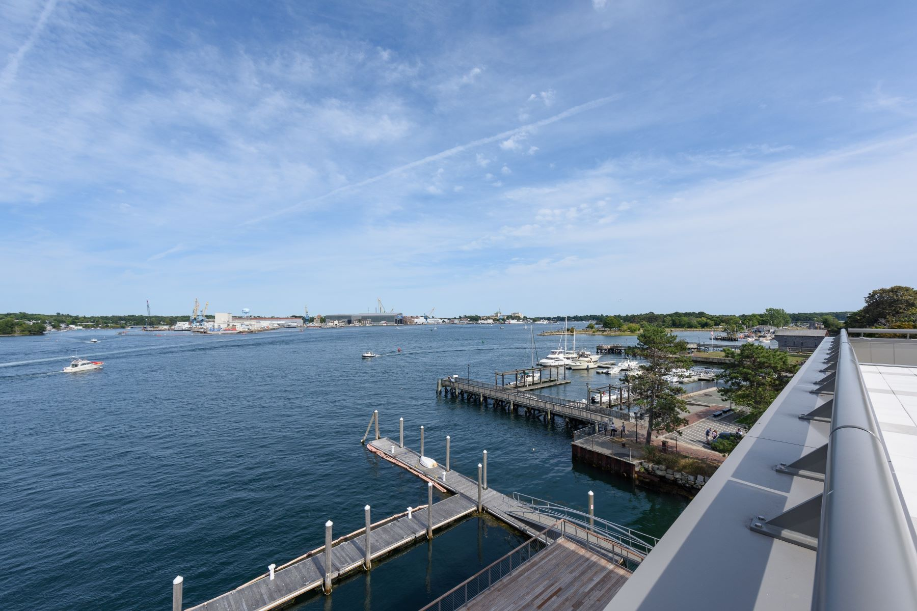 Additional photo for property listing at Luxury Waterfront Condominium in Downtown Portsmouth 10 State Street Unit B Portsmouth, New Hampshire 03801 United States