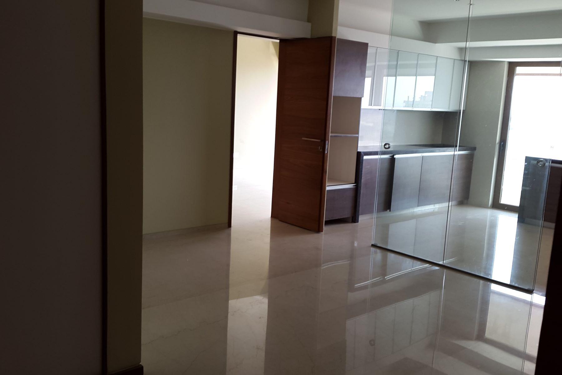 Apartment for Rent at Mumbai- Luxury Apartment in Puja Casa Union Park Road Pali Hill Mumbai, Maharashtra 400050 India