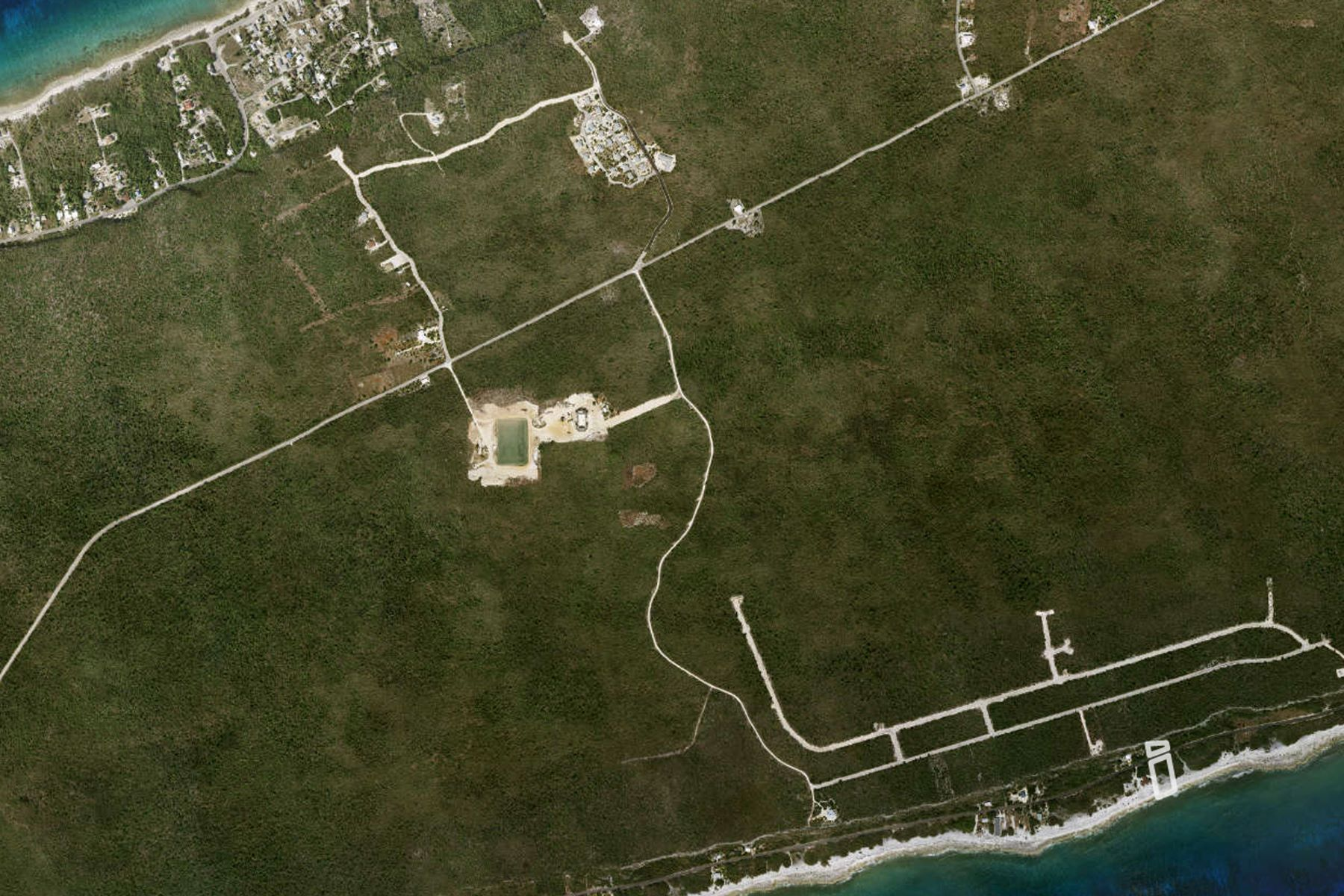 Additional photo for property listing at Brac Ocean front land Other Cayman Brac,  Cayman Islands
