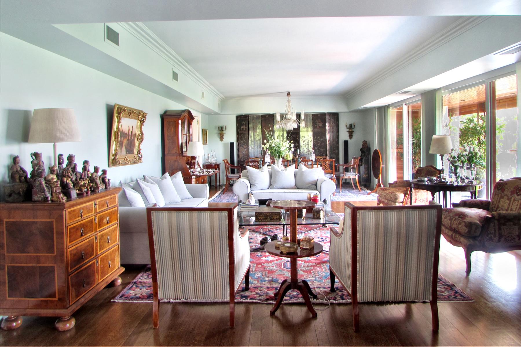 Apartamento por un Venta en Excelente piso en el bajo Belgrano Echeverría 1800 Buenos Aires, Buenos Aires, C1428DRD Argentina