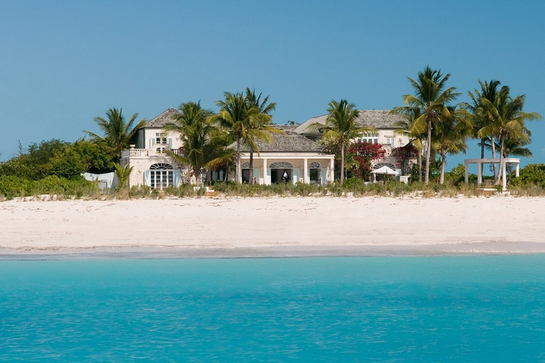 Single Family Home for Rent at Coral House Vacation Rental Beachfront Grace Bay, TCI BWI Turks And Caicos Islands