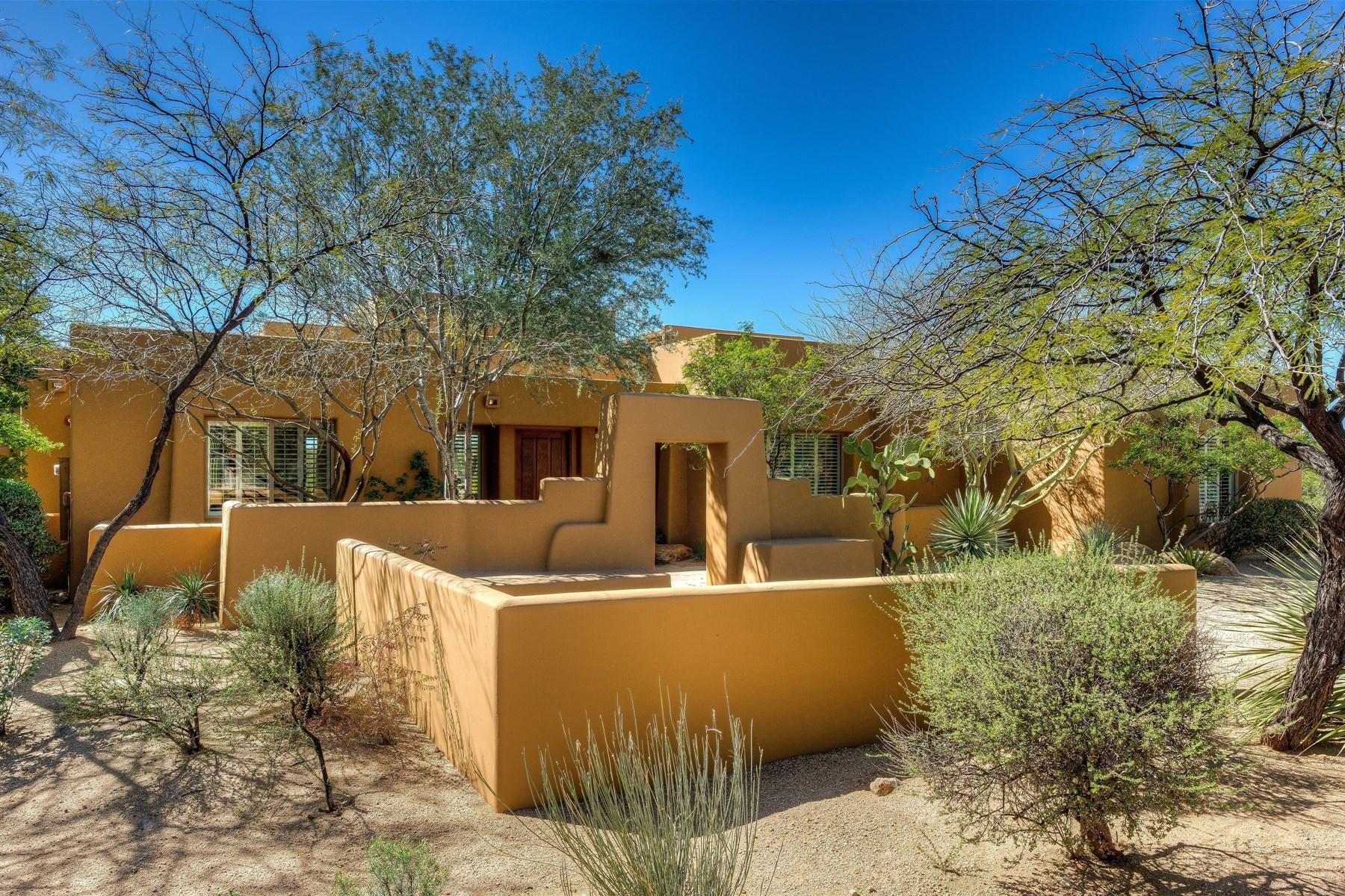 Vivienda unifamiliar por un Venta en Exquisite home in exclusive guard-gated golf community Desert Highlands 10040 E Happy Valley RD 280 Scottsdale, Arizona, 85255 Estados Unidos