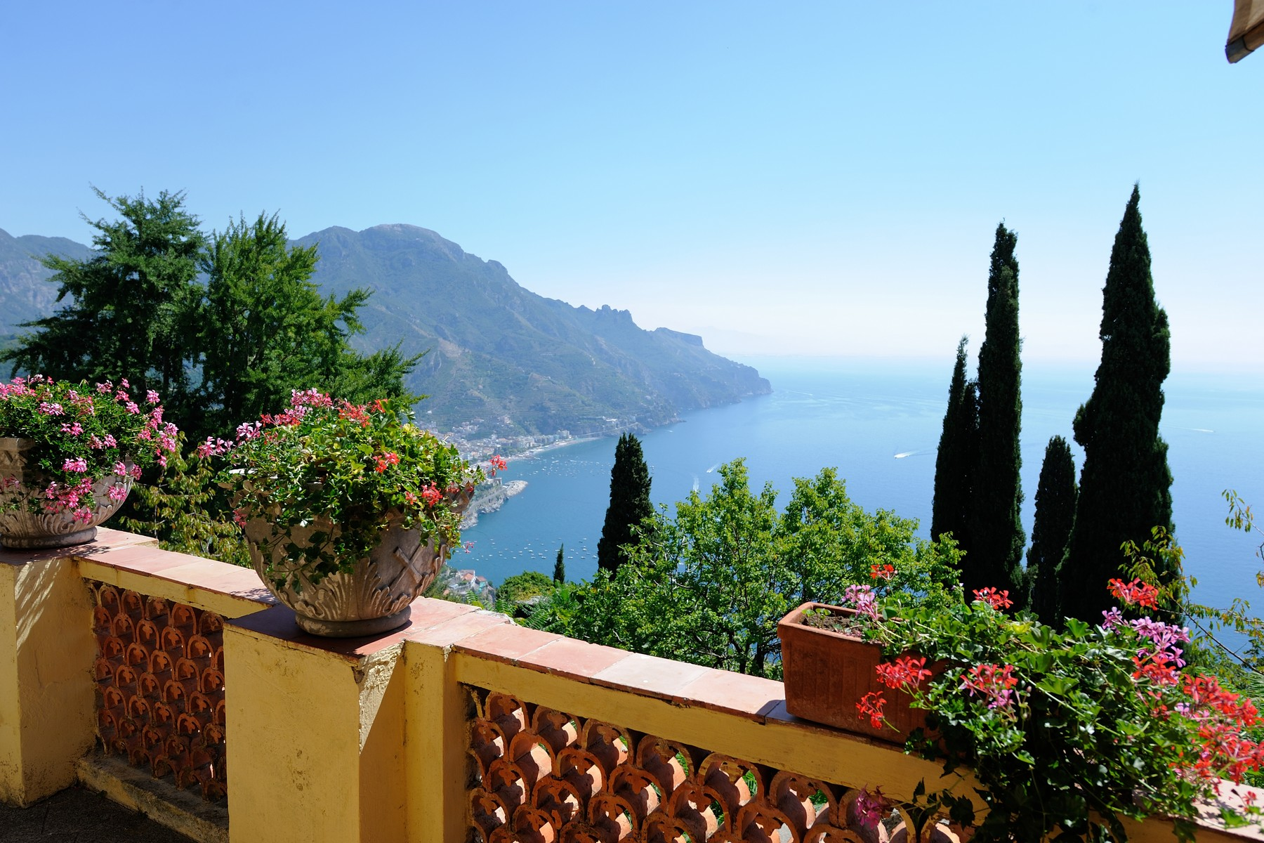 Single Family Home for Sale at Extraordinary historic villa in the heart of Ravello Ravello, Salerno Italy
