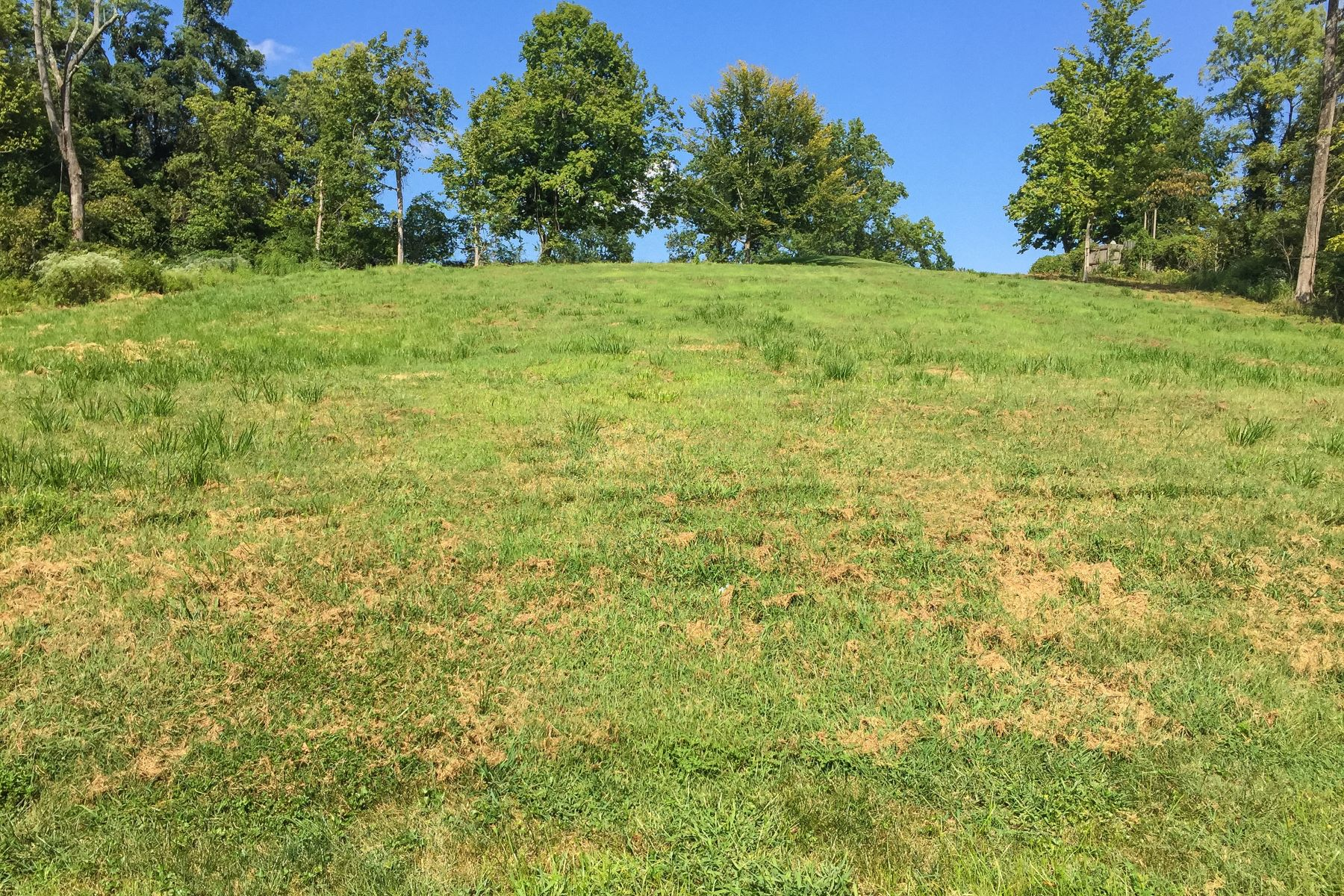 Land for Sale at 531 Country Lane 531 Country Lane Louisville, Kentucky 40207 United States