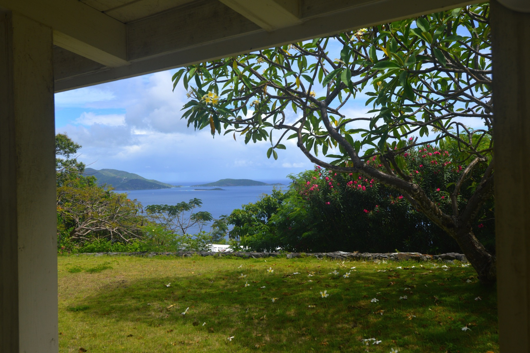Additional photo for property listing at Spyglass Hill House Spyglass Hill, Tortola British Virgin Islands