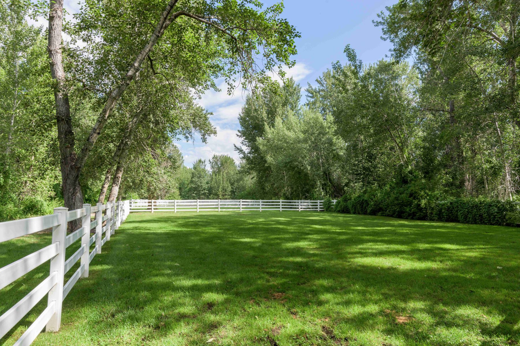 Additional photo for property listing at River Grove Farm  Hailey, Idaho 83333 États-Unis