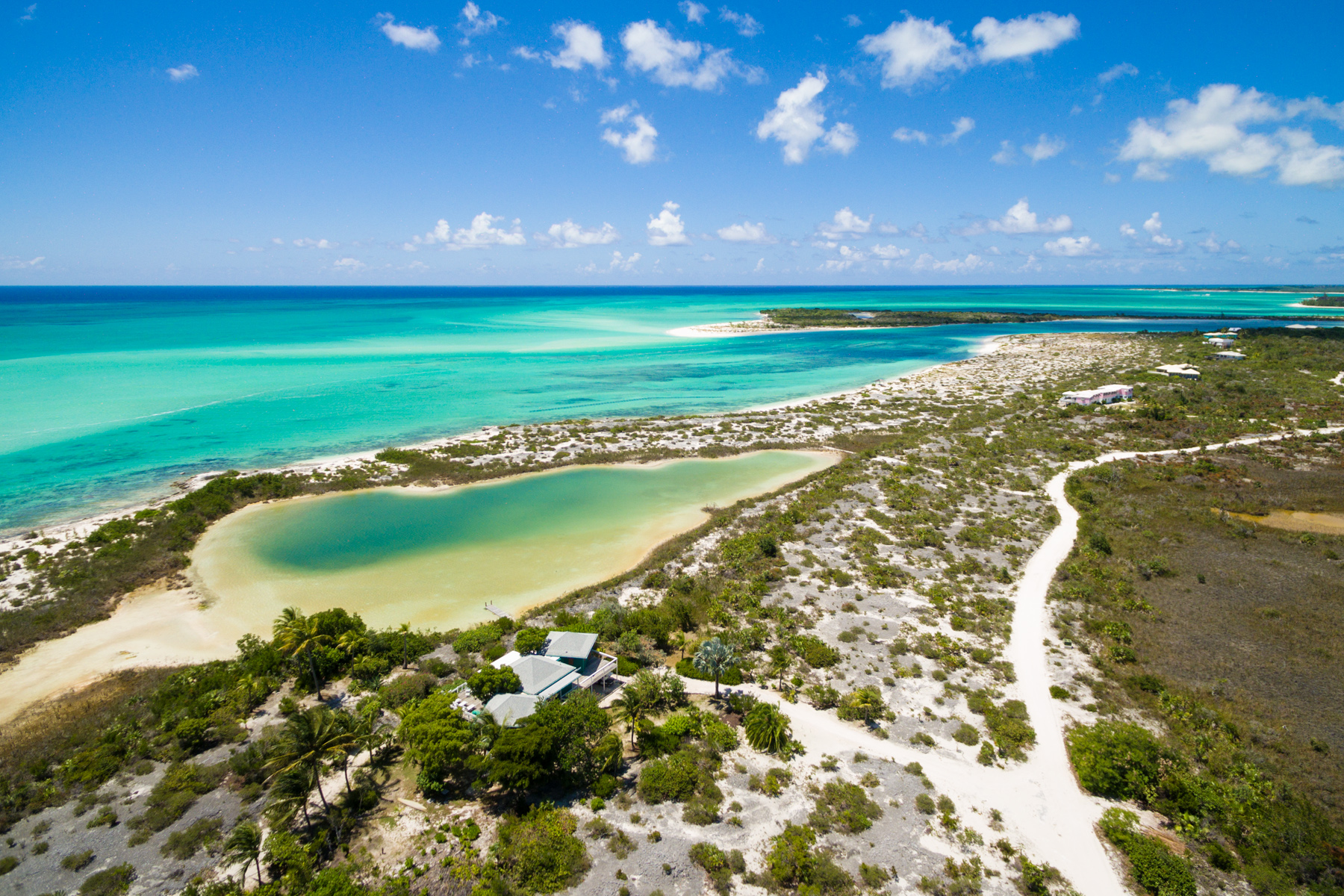 Земля для того Продажа на Sand Dollar Point Ocean Front Pine Cay, Pine Cay, TC Теркс И Кайкос