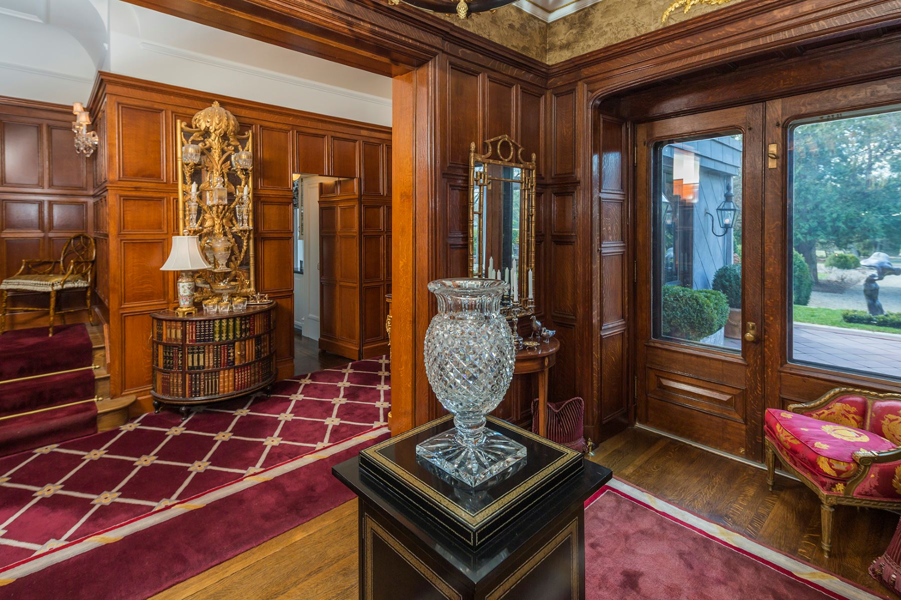 Additional photo for property listing at Great Warmth Amid Turn-of-the-Century Ambiance 2 Constitution Hill East Princeton, Нью-Джерси 08540 Соединенные Штаты