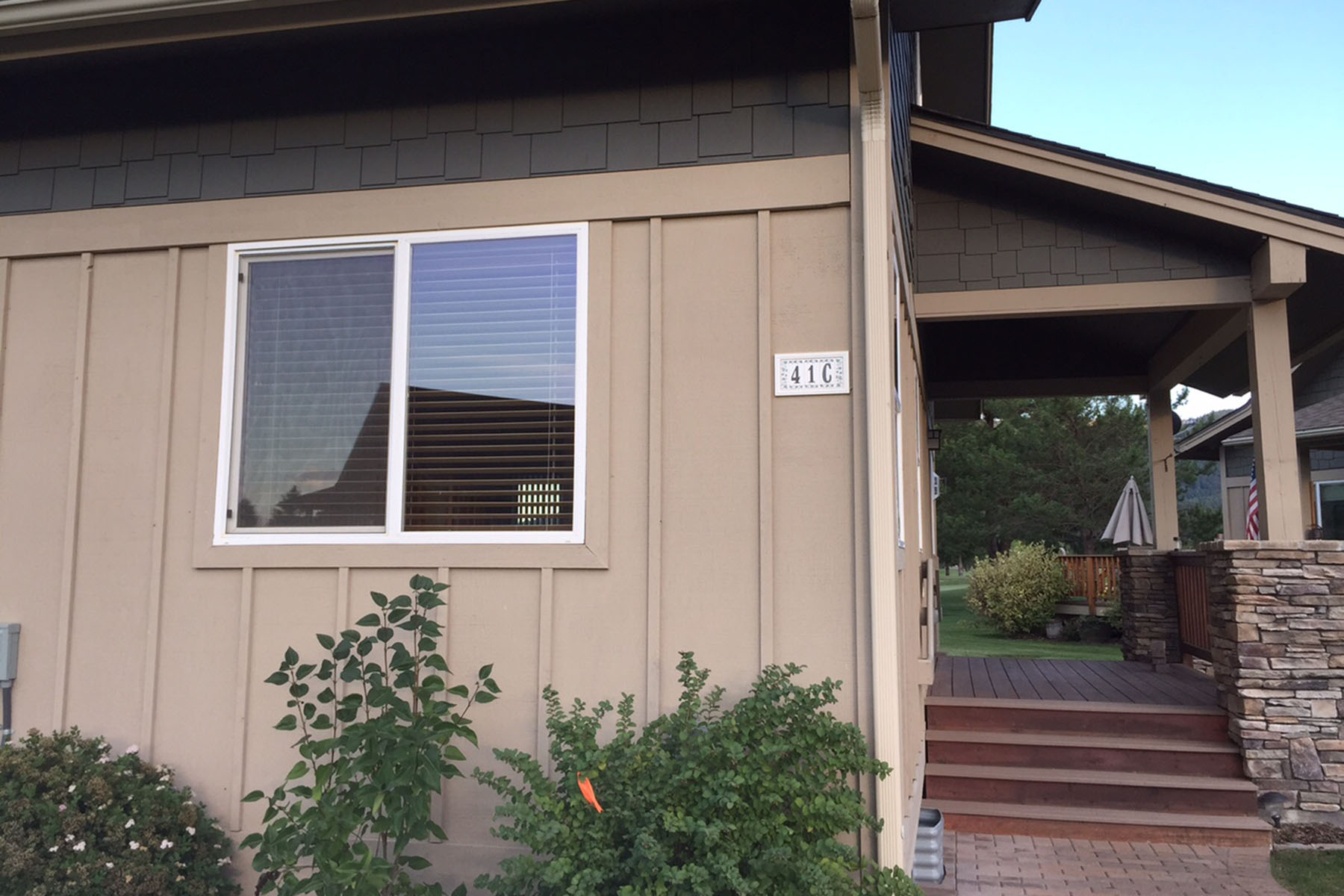 Townhouse for Sale at Charming Townhome on the 15th Green 41 Chardonnay Dr #C Blanchard, Idaho, 83804 United States