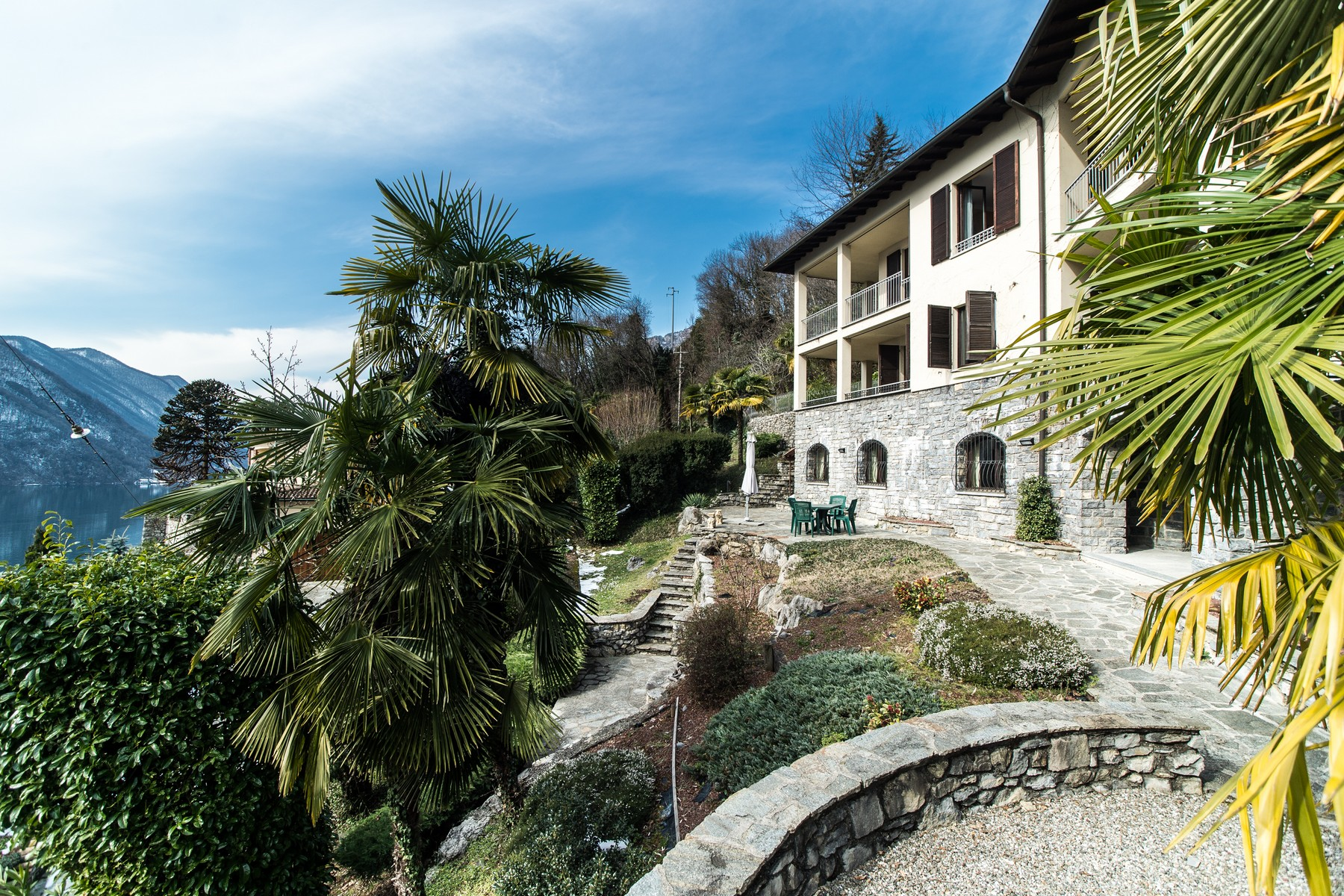sales property at Prestigious villa on Lake Lugano