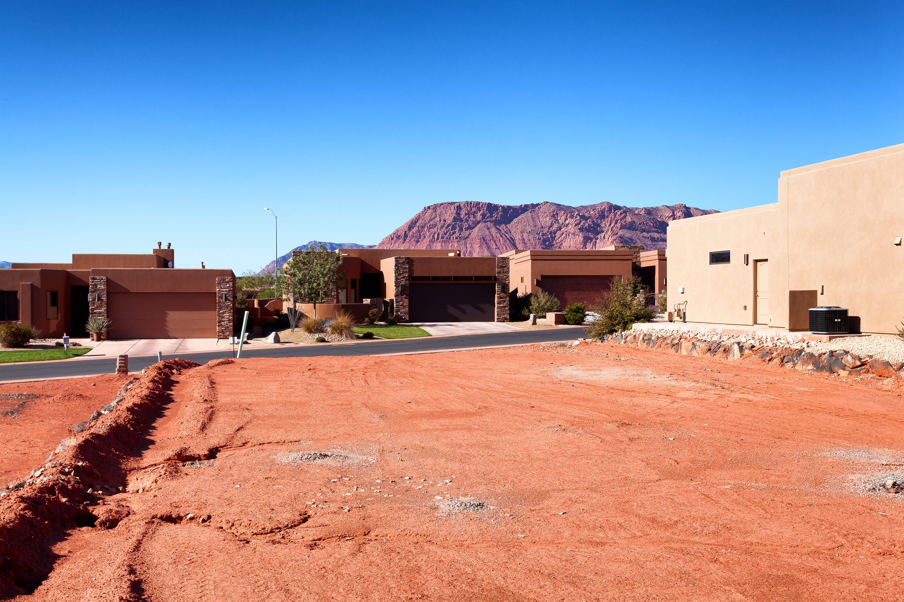 Terrain pour l Vente à Exclusive Tuweap Point Lot 2090 N Tuweap Dr Lot 56 St. George, Utah, 84770 États-Unis