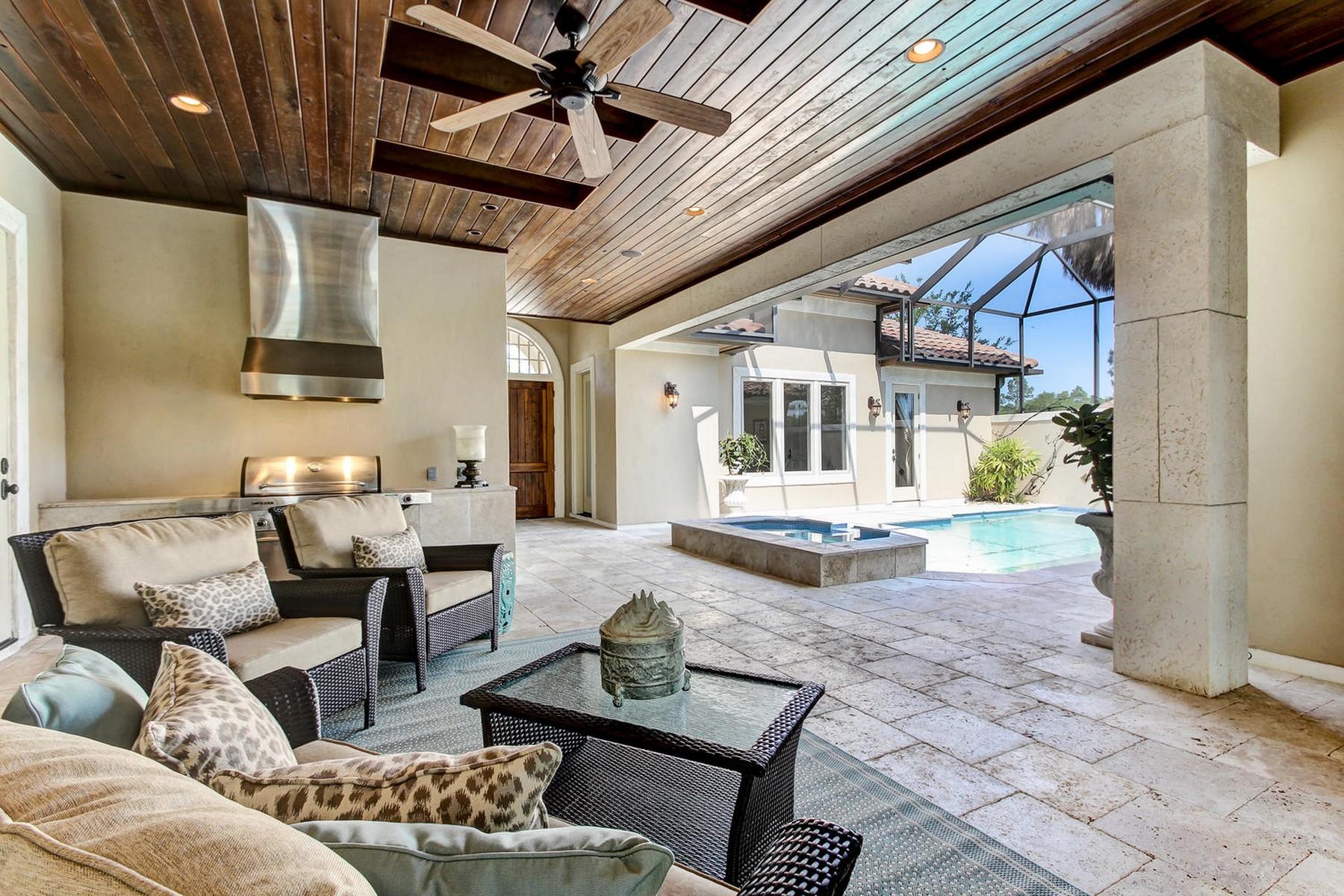 Maison unifamiliale pour l Vente à Spectacular Pablo Creek Residence 5250 Commissioners Drive Jacksonville, Florida, 32224 États-Unis