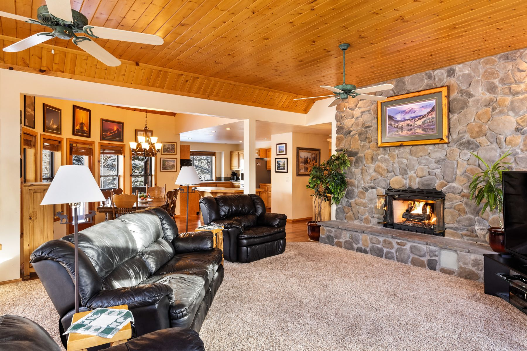 Single Family Home for Sale at Lovely Elk Run Home 905 Lupine Circle Basalt, Colorado, 81621 United States