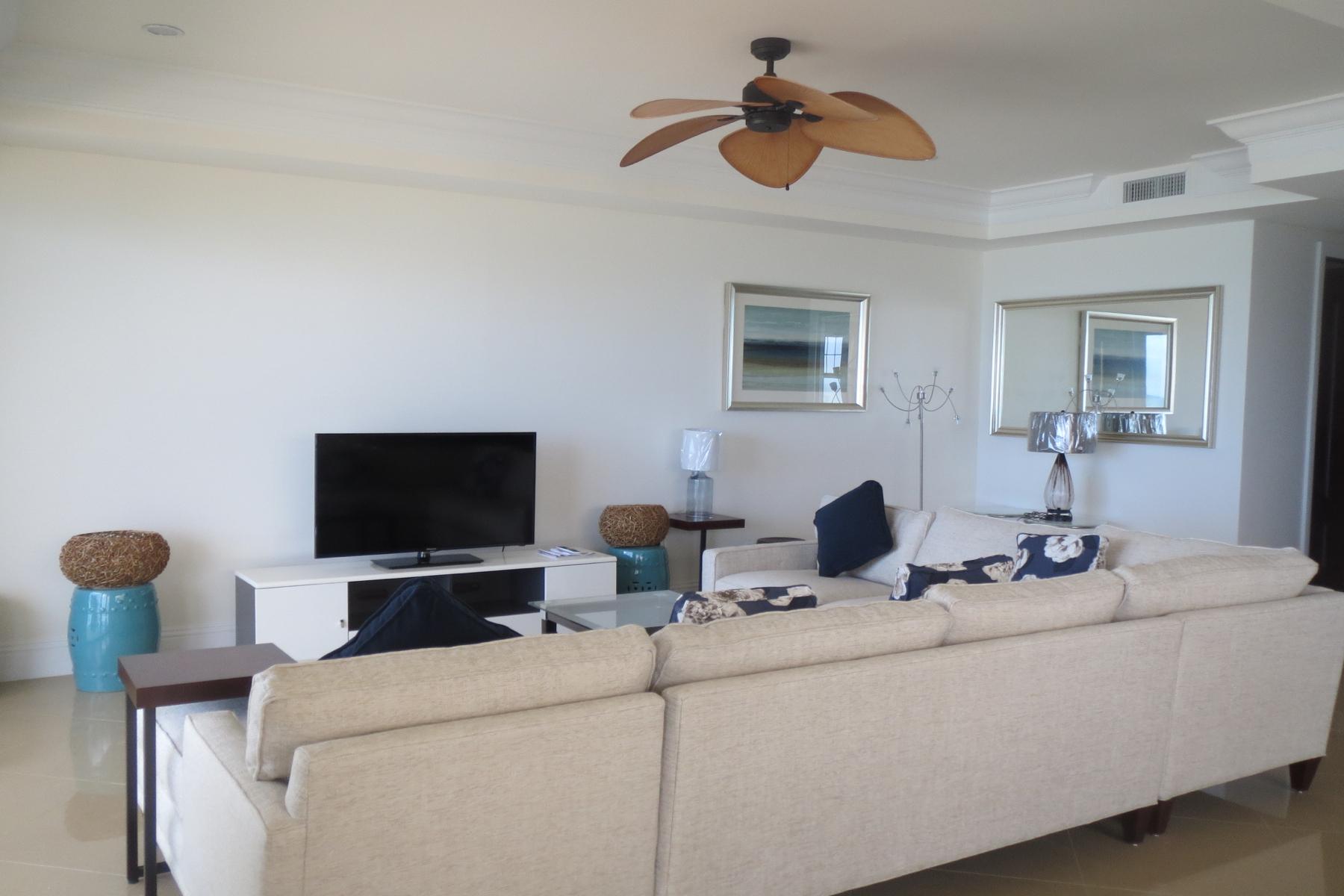 Maison accolée pour l Vente à Columbus Cove Beachfront Townhouse Columbus Cove, Love Beach, New Providence/Nassau Bahamas