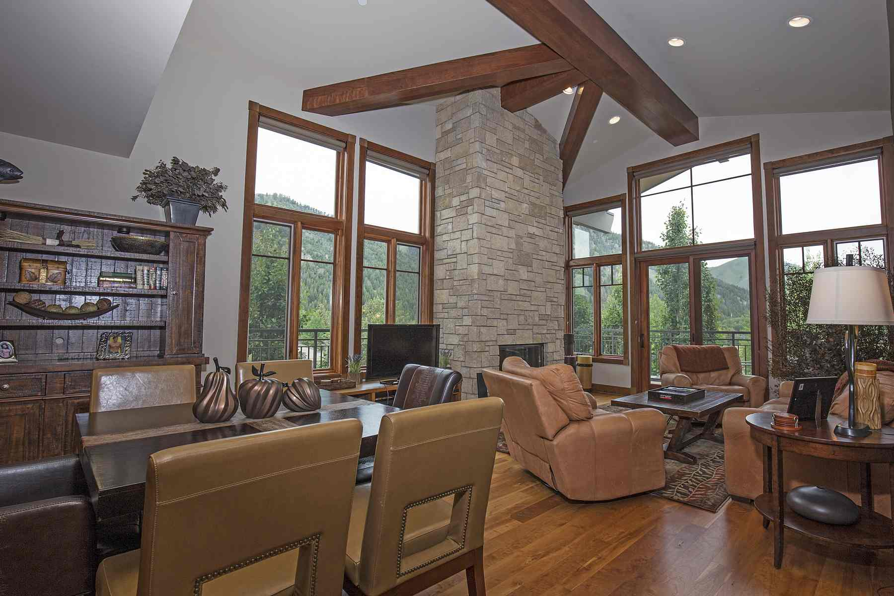 Appartement en copropriété pour l Vente à Best Chilali Penthouse 222 N. 2nd Ave Unit 13 Ketchum, Idaho 83340 États-Unis