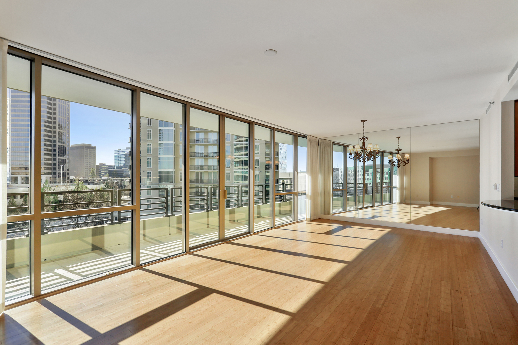 sales property at Immaculate Condo In Heart Of Buckhead