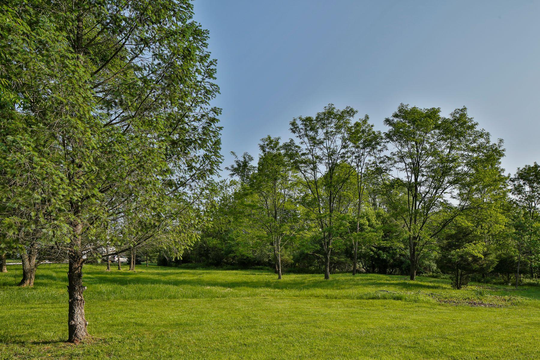 Terreno por un Venta en Ready to Build Lot in Lawrence Township 16 Buckingham Drive Princeton, Nueva Jersey 08540 Estados Unidos