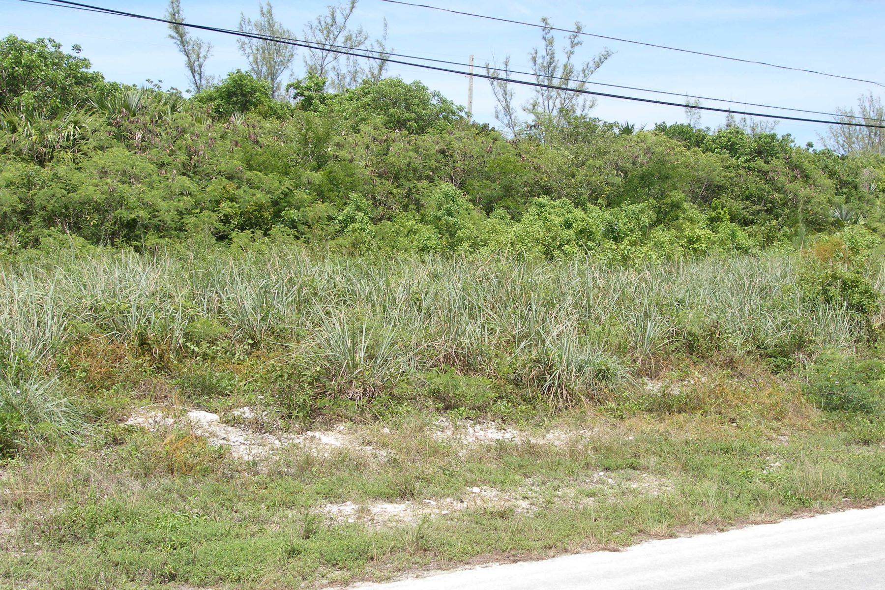 Land for Sale at Lot 4, Block 12, Section A Rainbow Bay, Eleuthera Bahamas