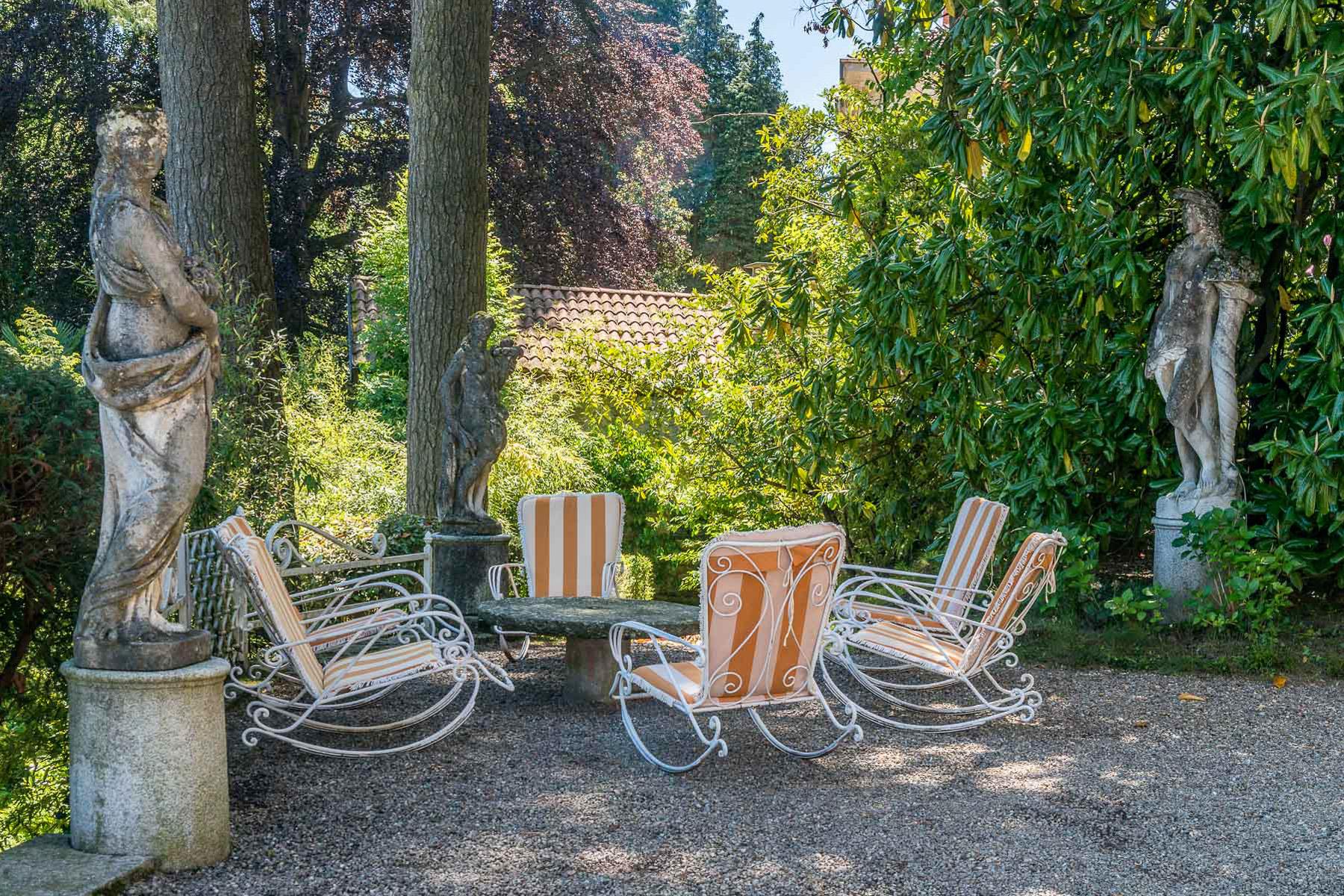 Additional photo for property listing at Enchanting Villa overlooking Orta Lake Via Pietro Durio Pella, Novara 28010 Italia