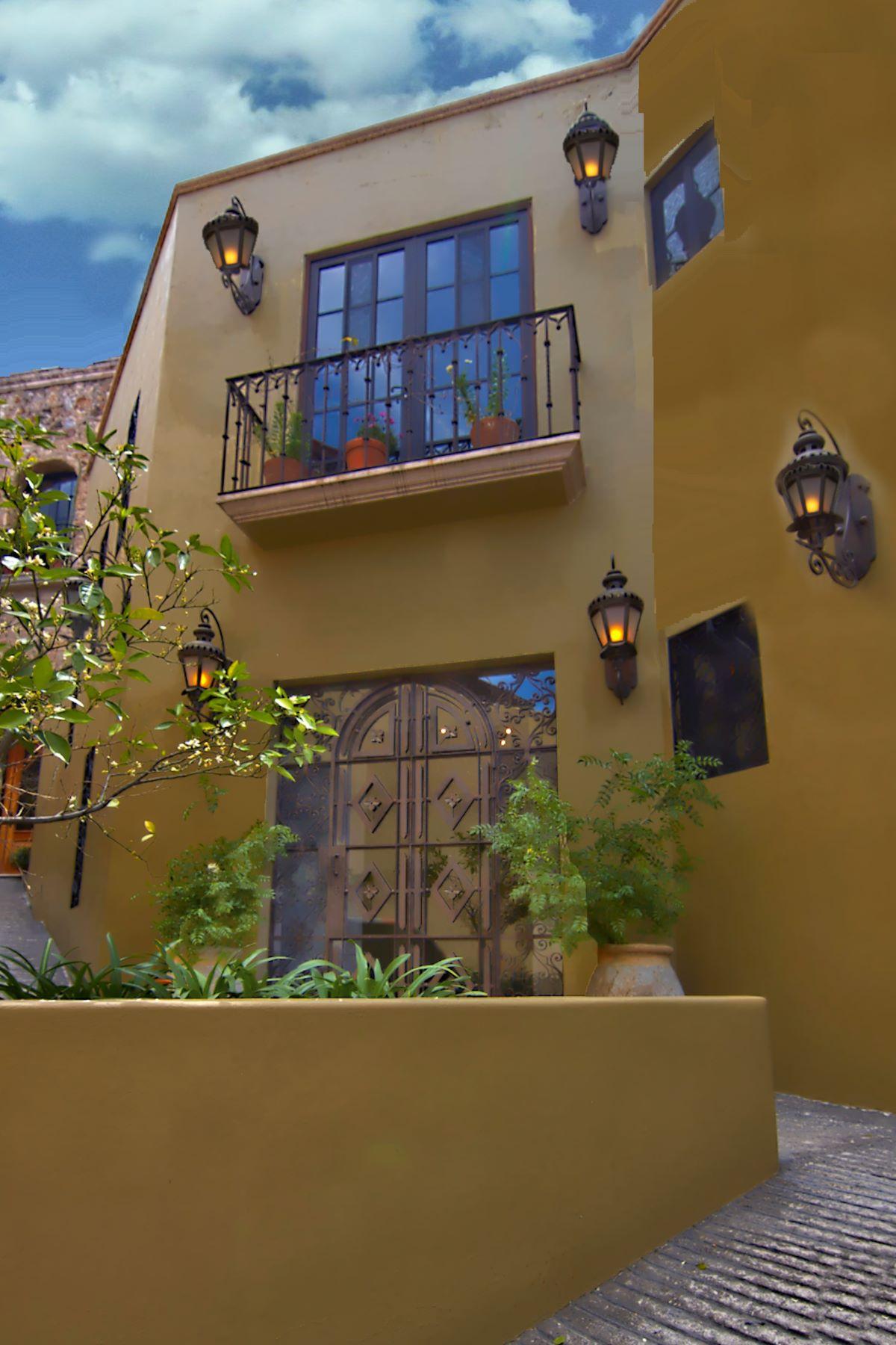 Single Family Home for Sale at CASA CHEPITO Centro, San Miguel De Allende, Guanajuato Mexico