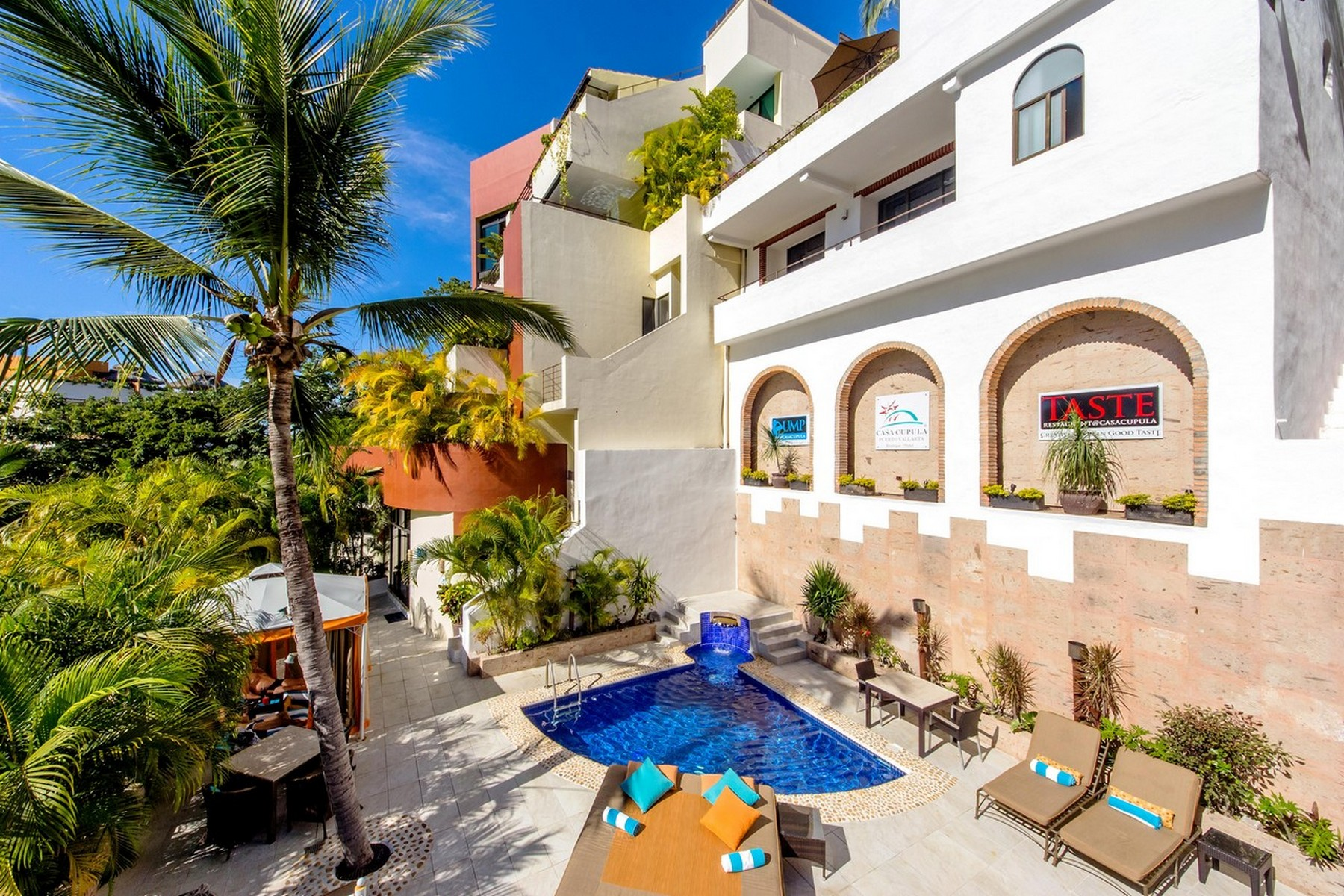 Additional photo for property listing at Boutique hotel in Las Amapas  Puerto Vallarta, Jalisco 48399 Mexico