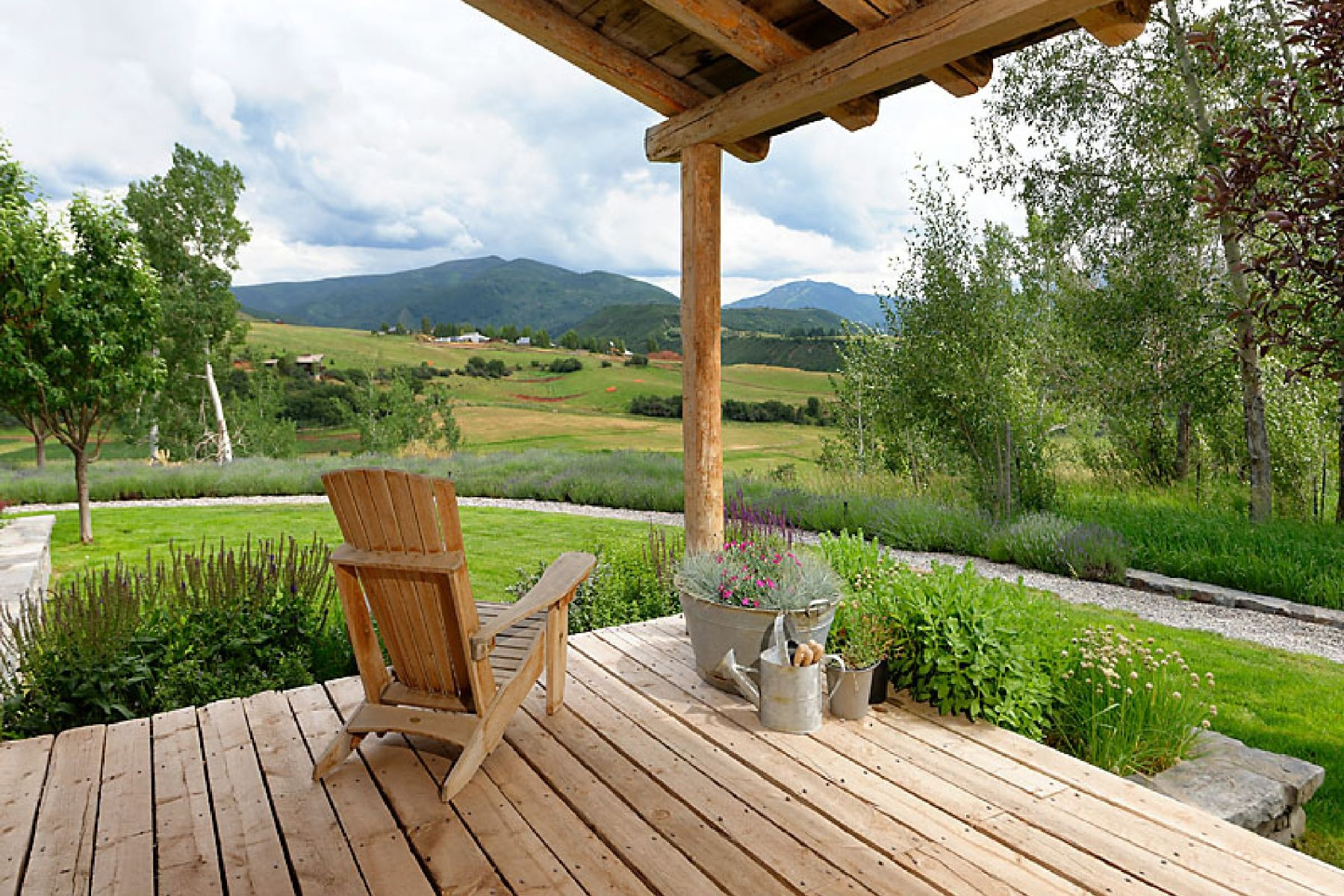Farm / Ranch / Plantation for Active at 1125 Chaparral Drive Woody Creek, Colorado 81656 United States