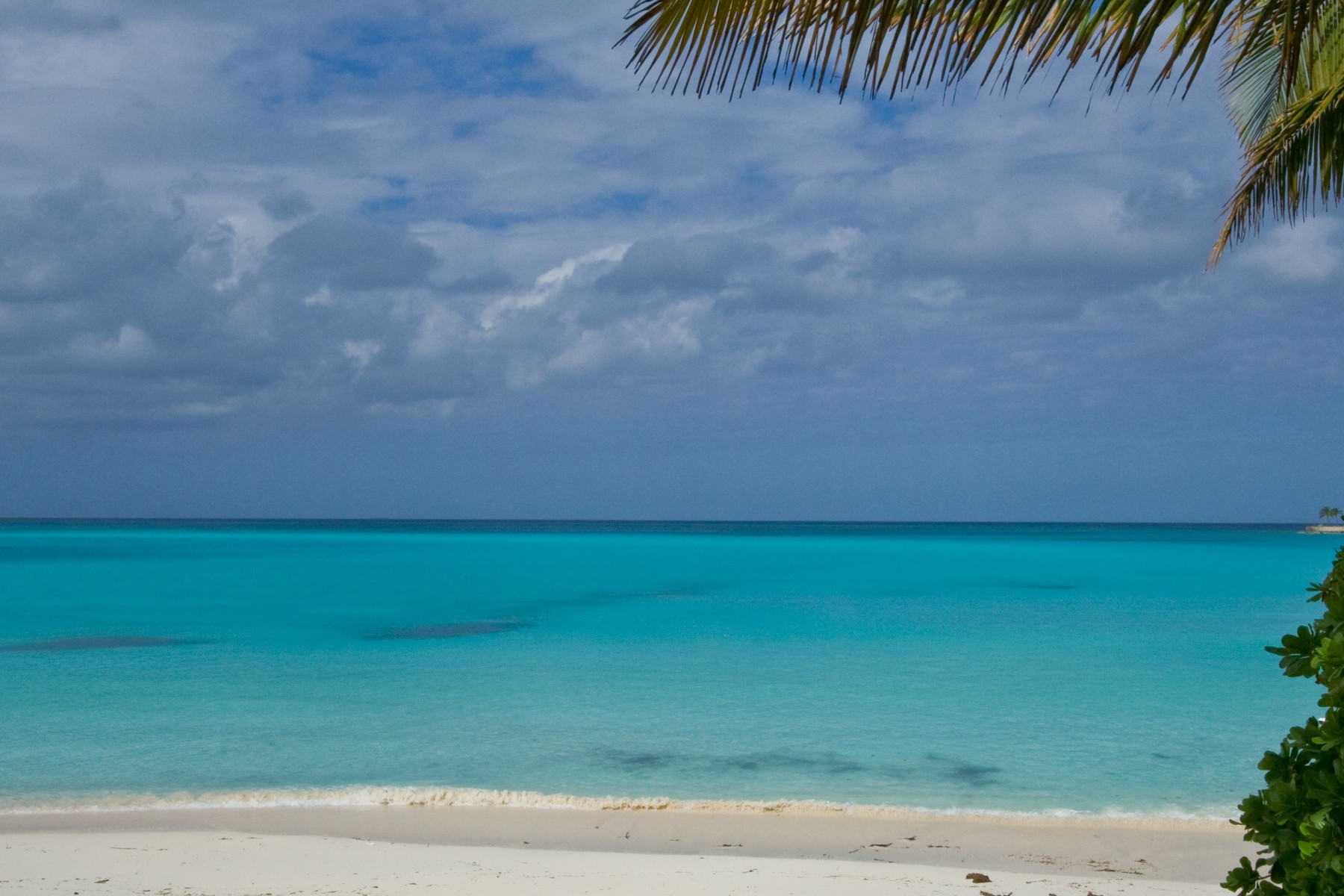 Additional photo for property listing at Old Fort Bay Beachfront Lot Old Fort Bay, Nassau And Paradise Island Bahamas